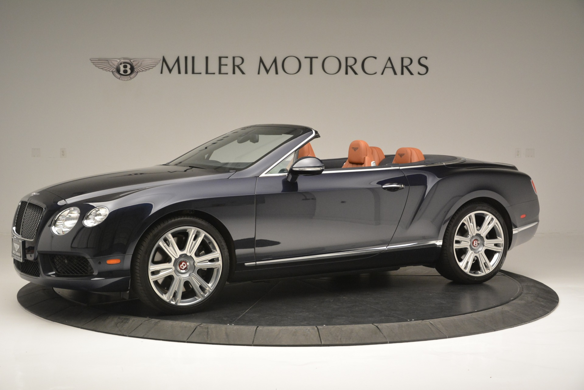 Used 2015 Bentley Continental GT V8 For Sale In Greenwich, CT. Alfa Romeo of Greenwich, 7373 2310_p2