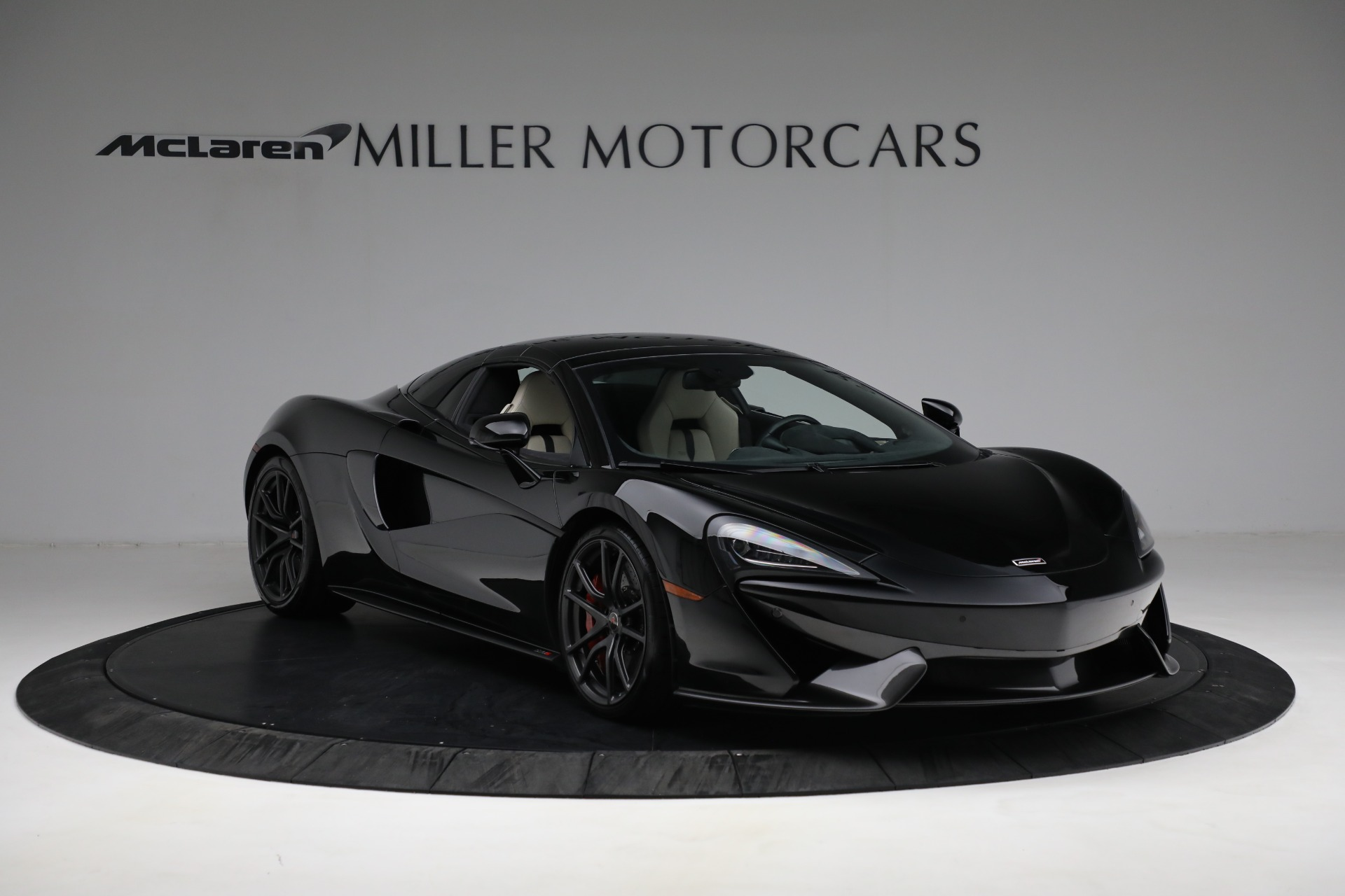 New 2018 McLaren 570S Spider For Sale In Greenwich, CT. Alfa Romeo of Greenwich, MC360 2312_p19