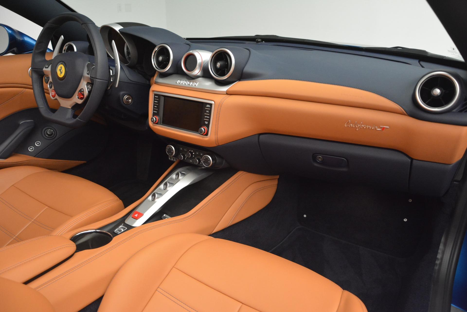 Used 2017 Ferrari California T Handling Speciale For Sale In Greenwich, CT. Alfa Romeo of Greenwich, 4485 2313_p30