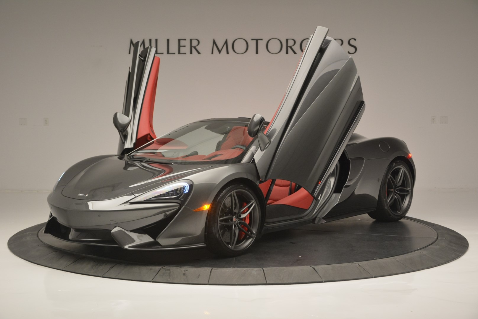 New 2018 McLaren 570S Spider For Sale In Greenwich, CT. Alfa Romeo of Greenwich, MC365 2316_p14