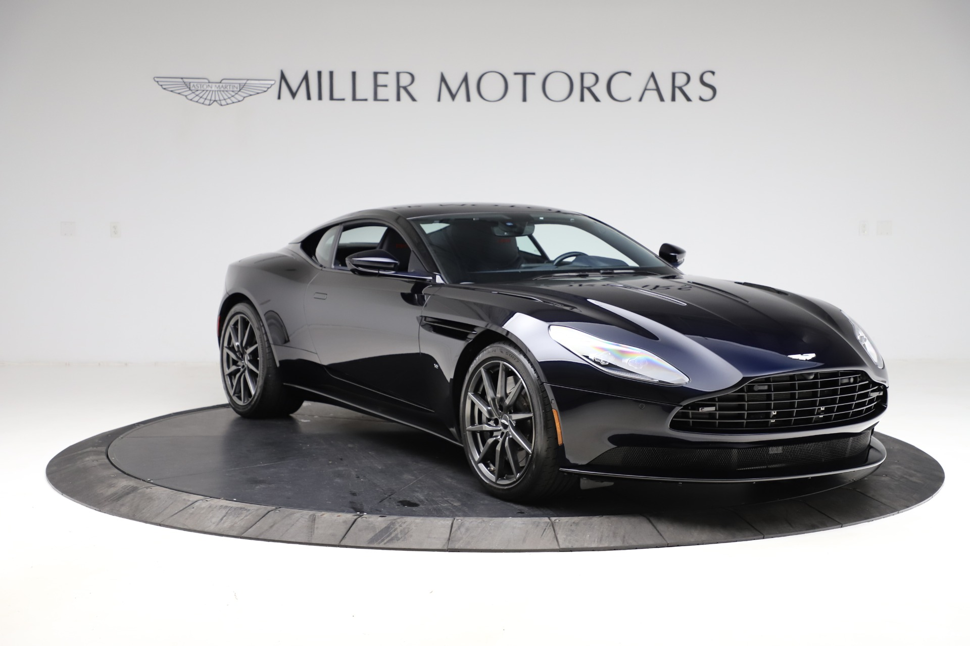 Used 2017 Aston Martin DB11  For Sale In Greenwich, CT. Alfa Romeo of Greenwich, A1289A 2317_p9