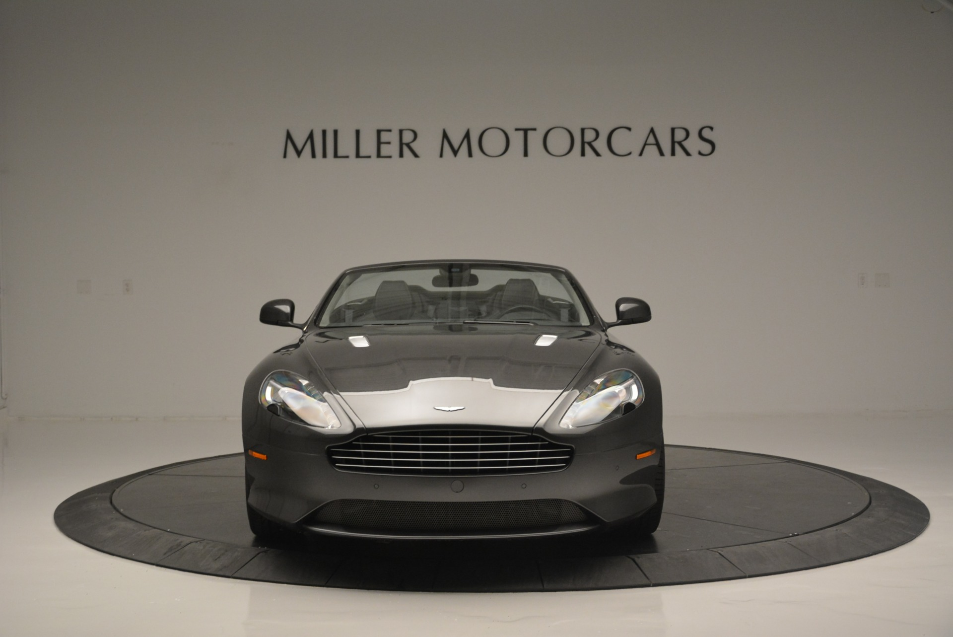 Used 2014 Aston Martin DB9 Volante For Sale In Greenwich, CT. Alfa Romeo of Greenwich, 7374 2319_p12