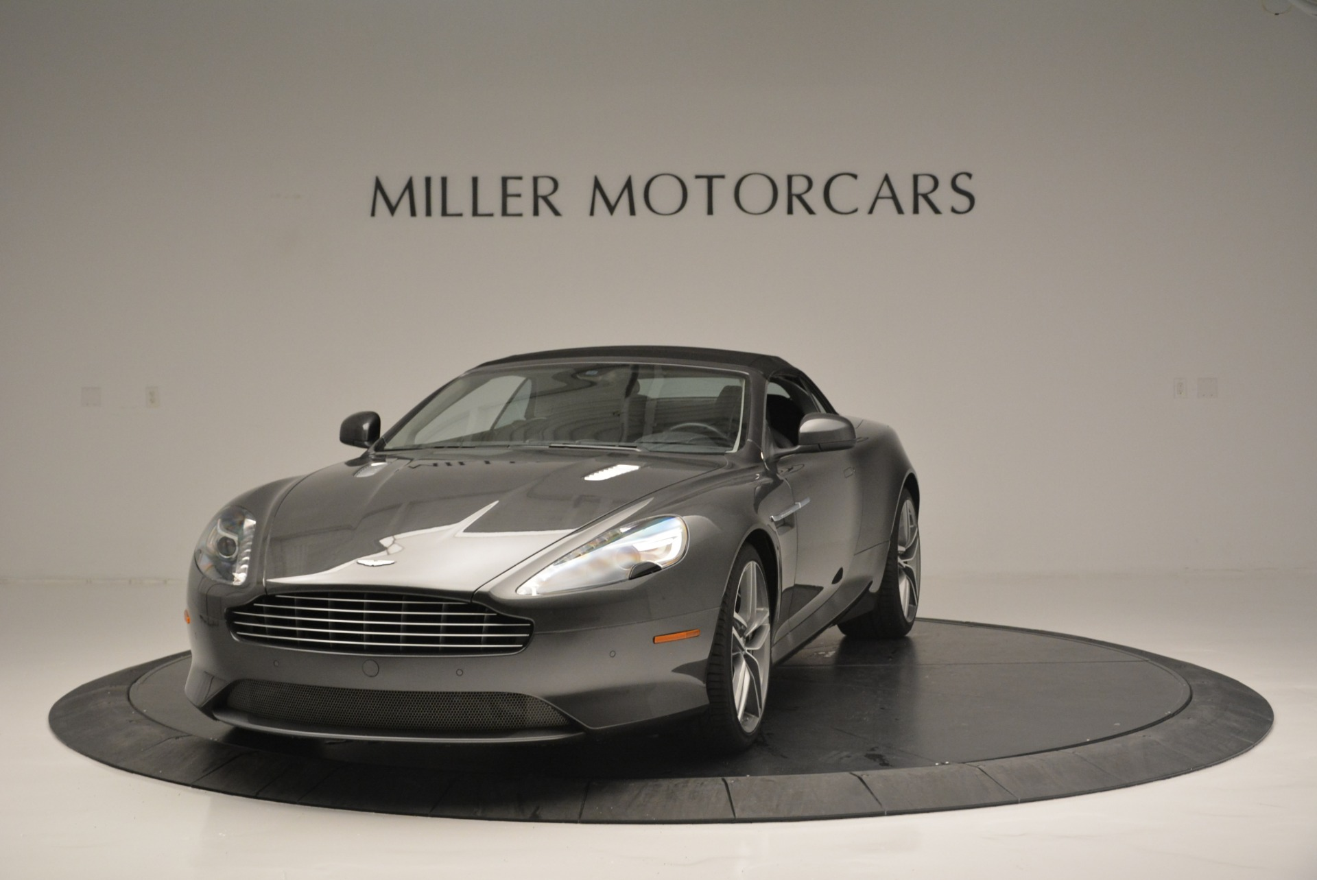 Used 2014 Aston Martin DB9 Volante For Sale In Greenwich, CT. Alfa Romeo of Greenwich, 7374 2319_p13