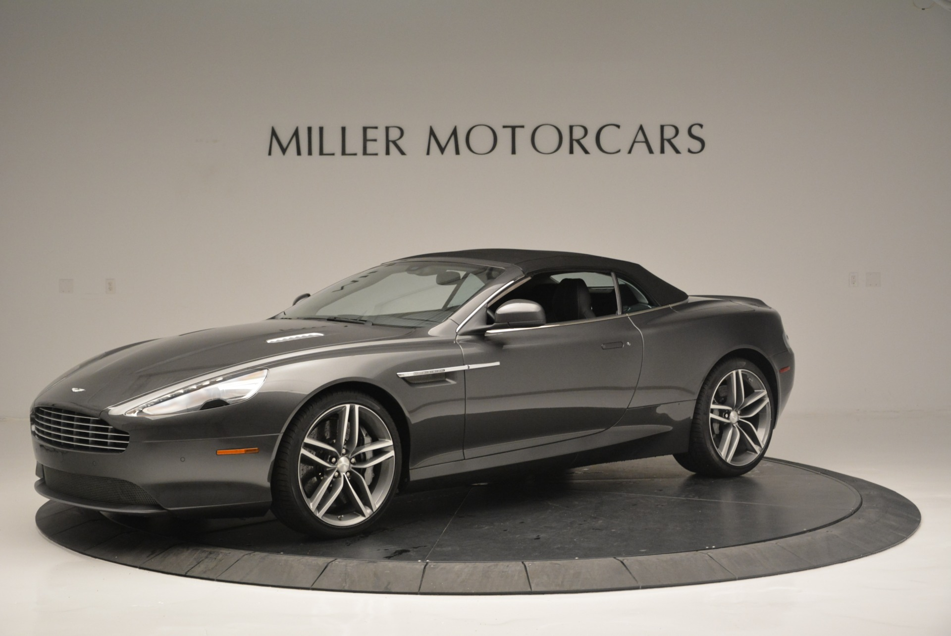 Used 2014 Aston Martin DB9 Volante For Sale In Greenwich, CT. Alfa Romeo of Greenwich, 7374 2319_p14