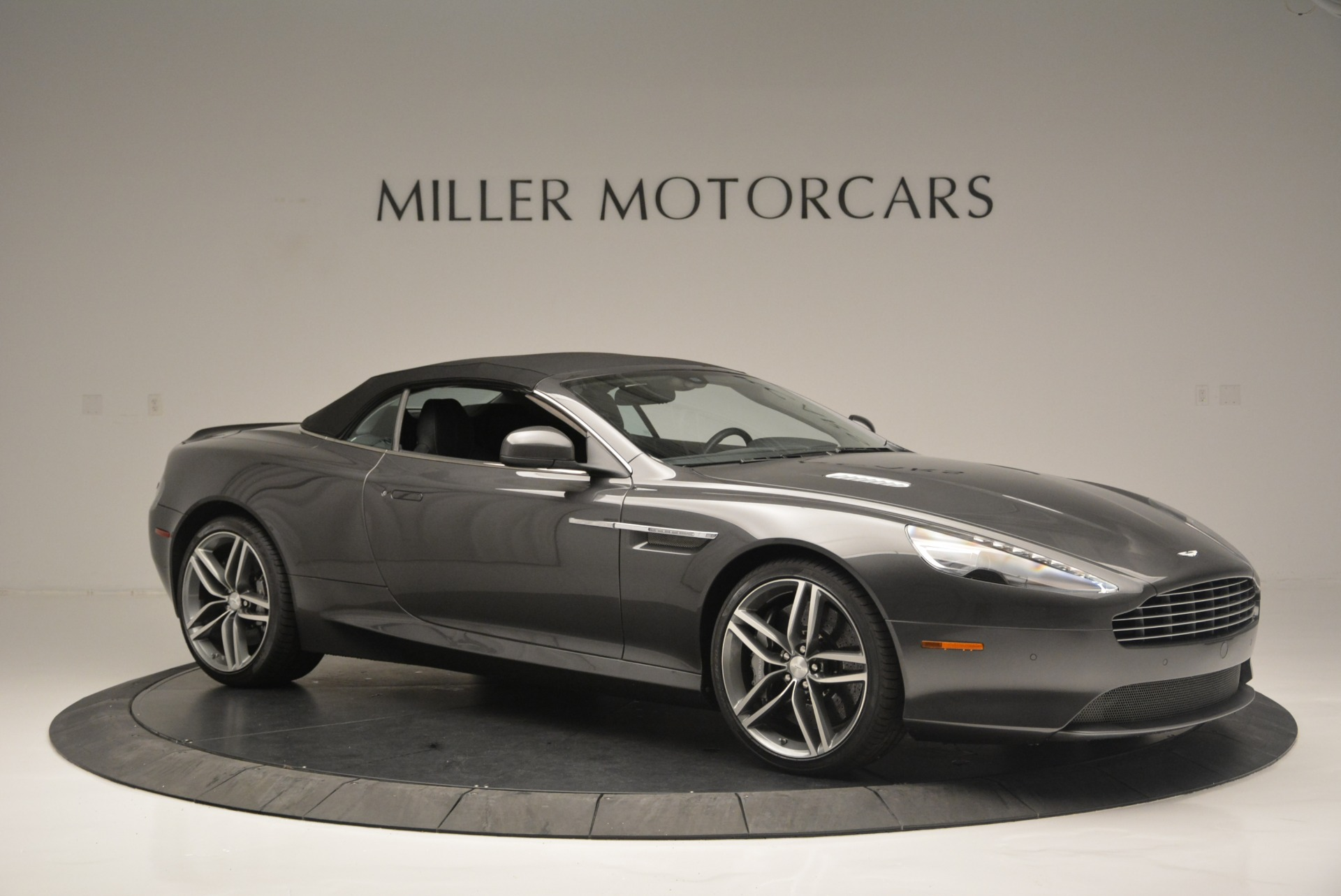 Used 2014 Aston Martin DB9 Volante For Sale In Greenwich, CT. Alfa Romeo of Greenwich, 7374 2319_p22