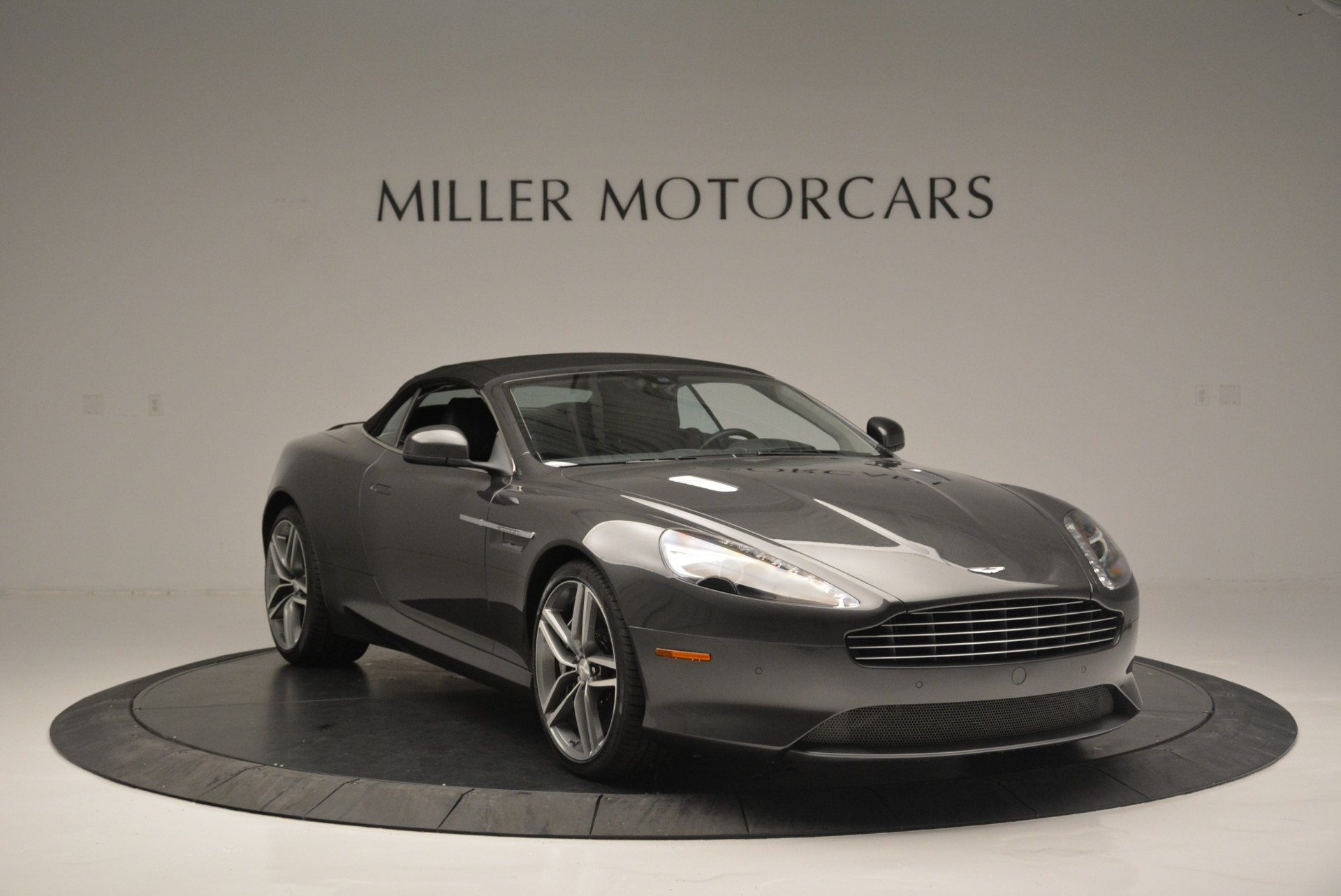Used 2014 Aston Martin DB9 Volante For Sale In Greenwich, CT. Alfa Romeo of Greenwich, 7374 2319_p23