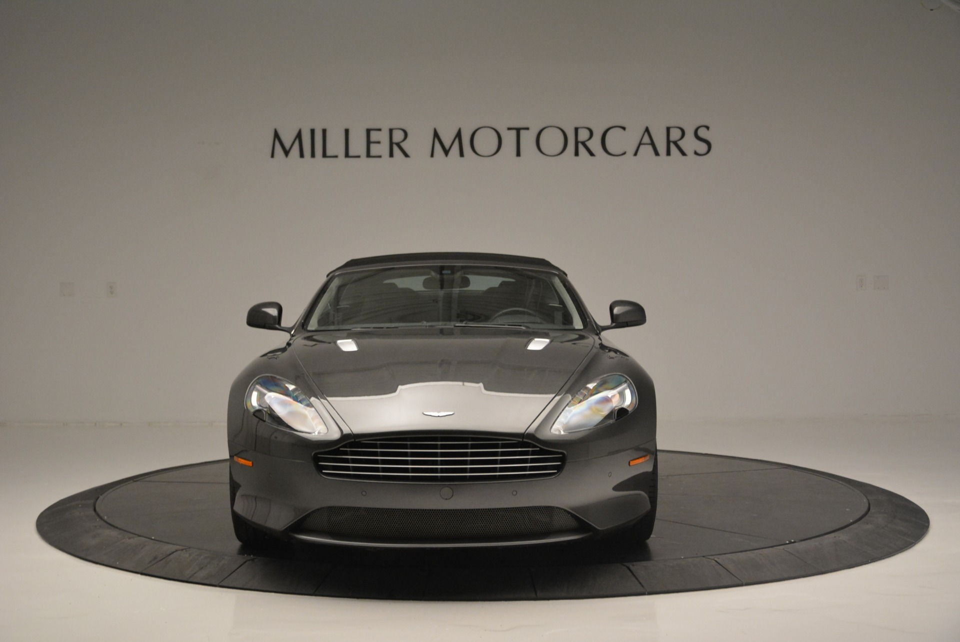 Used 2014 Aston Martin DB9 Volante For Sale In Greenwich, CT. Alfa Romeo of Greenwich, 7374 2319_p24