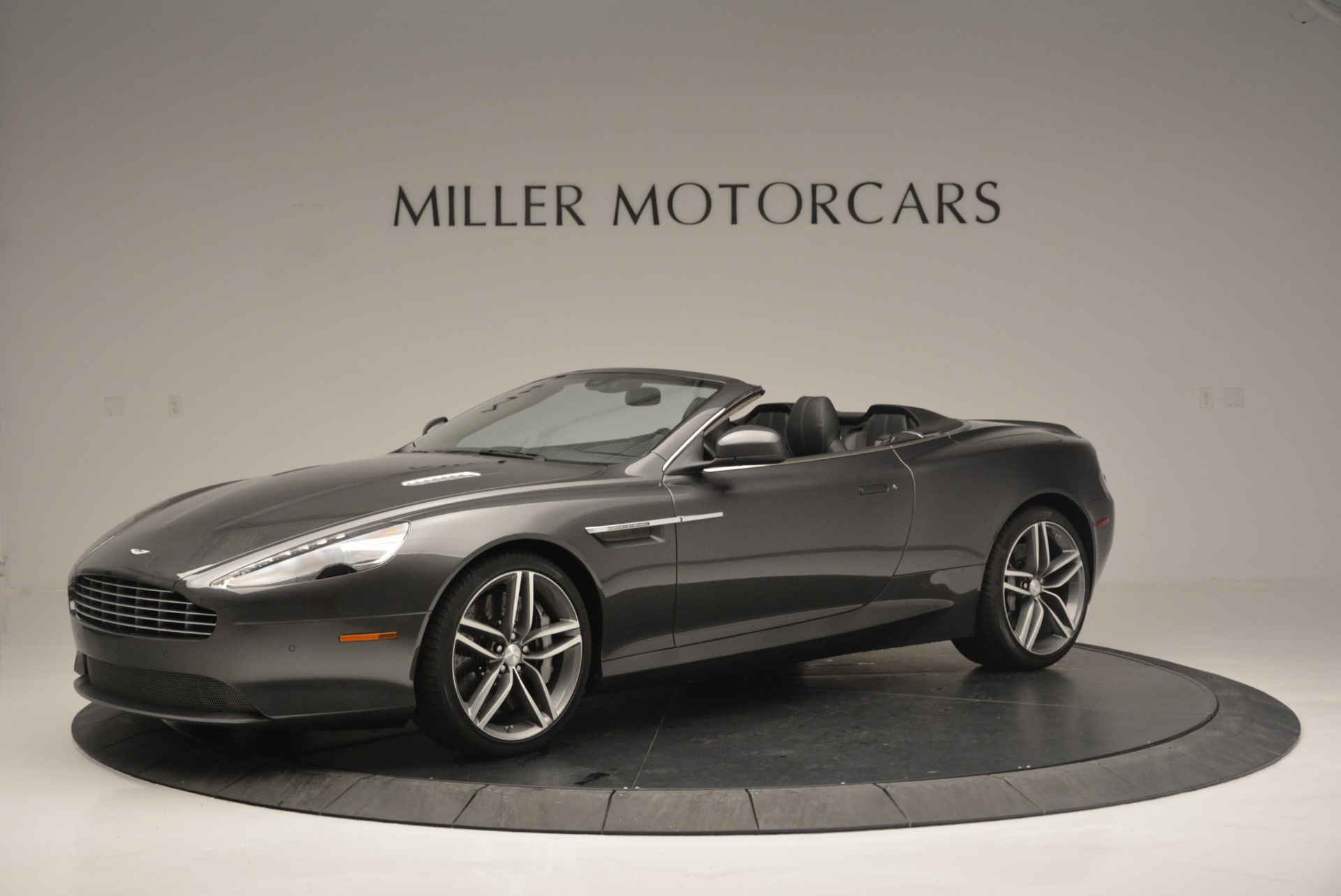 Used 2014 Aston Martin DB9 Volante For Sale In Greenwich, CT. Alfa Romeo of Greenwich, 7374 2319_p2