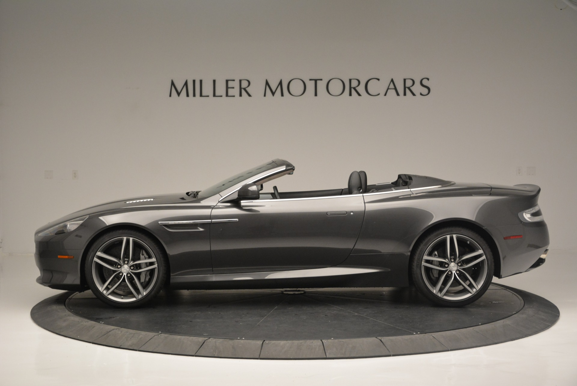 Used 2014 Aston Martin DB9 Volante For Sale In Greenwich, CT. Alfa Romeo of Greenwich, 7374 2319_p3