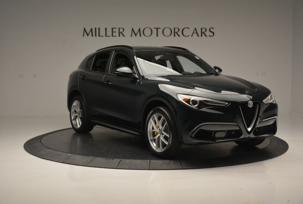 New 2018 Alfa Romeo Stelvio Ti Sport Q4 For Sale In Greenwich, CT. Alfa Romeo of Greenwich, LW184 2322_p12