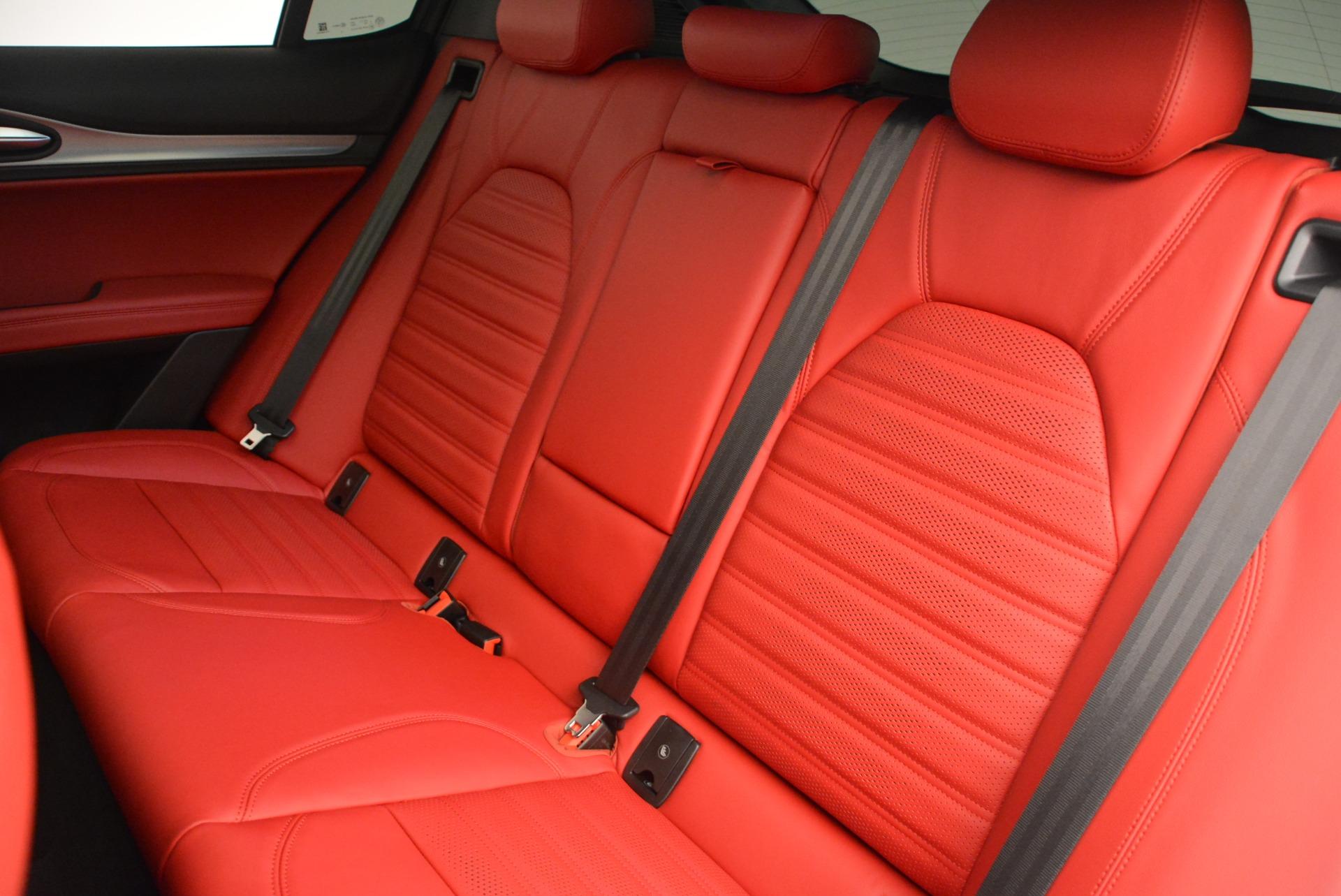 New 2018 Alfa Romeo Stelvio Ti Sport Q4 For Sale In Greenwich, CT. Alfa Romeo of Greenwich, LW185 2323_p22