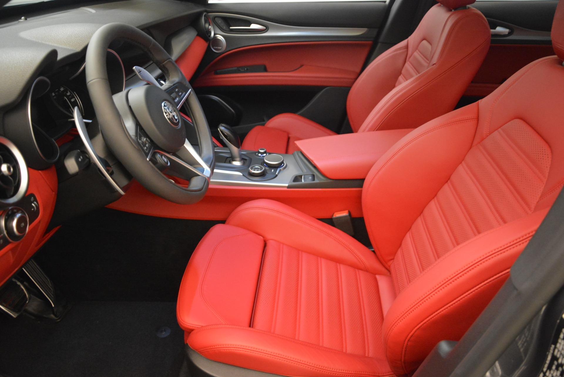 New 2018 Alfa Romeo Stelvio Ti Sport Q4 For Sale In Greenwich, CT. Alfa Romeo of Greenwich, LW186 2324_p14