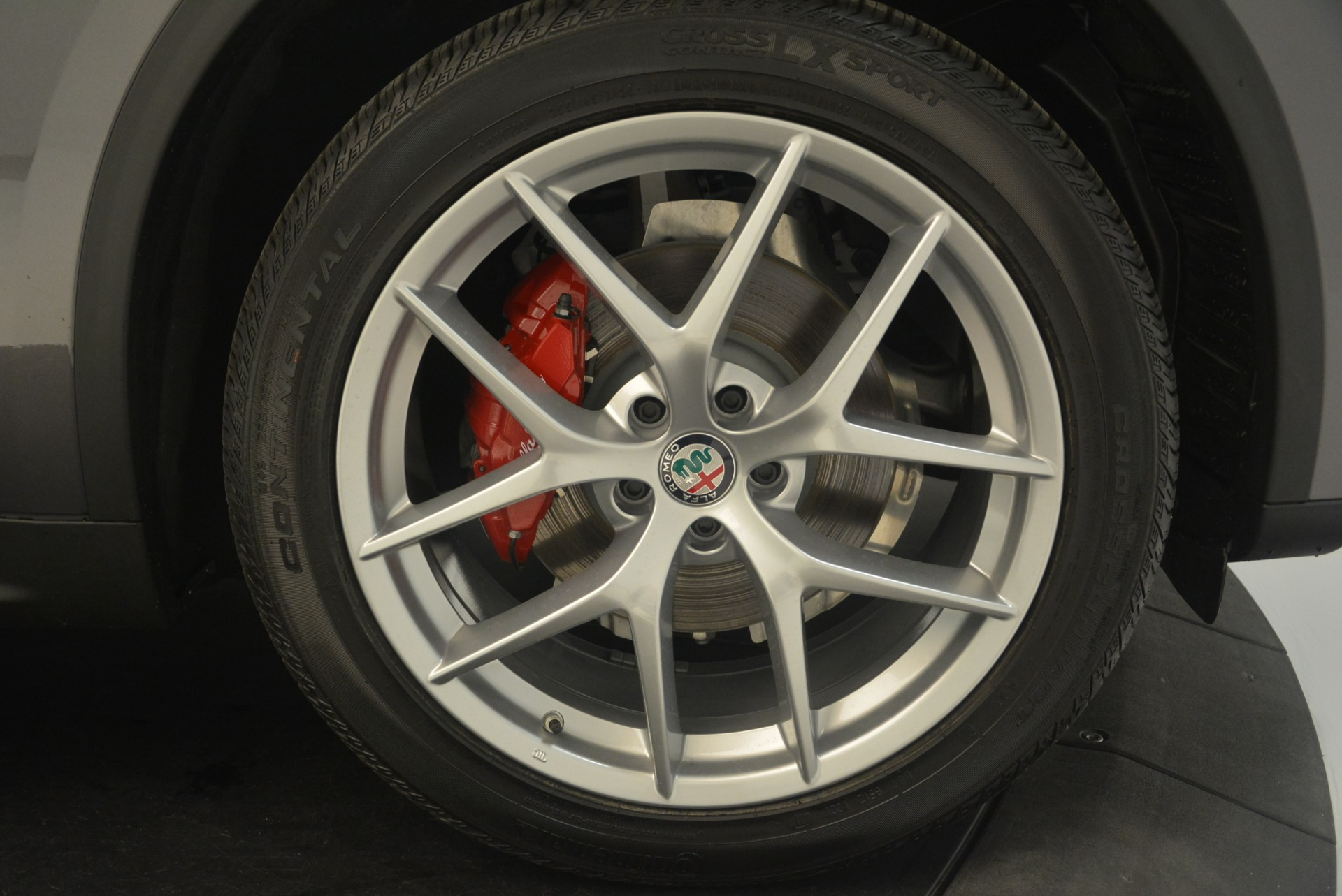 New 2018 Alfa Romeo Stelvio Ti Sport Q4 For Sale In Greenwich, CT. Alfa Romeo of Greenwich, LW186 2324_p25