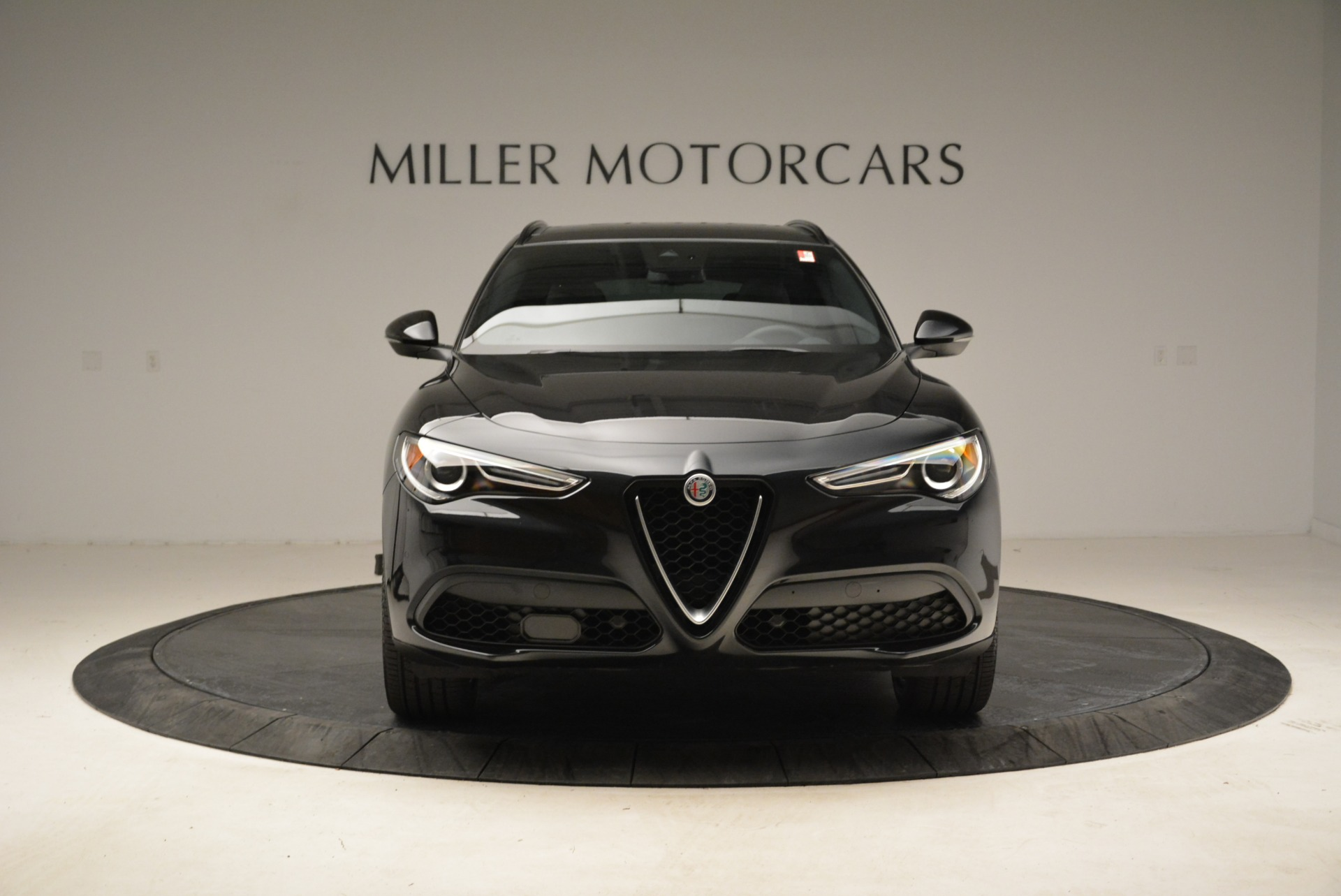 New 2018 Alfa Romeo Stelvio Ti Sport Q4 For Sale In Greenwich, CT. Alfa Romeo of Greenwich, LW187 2325_p12
