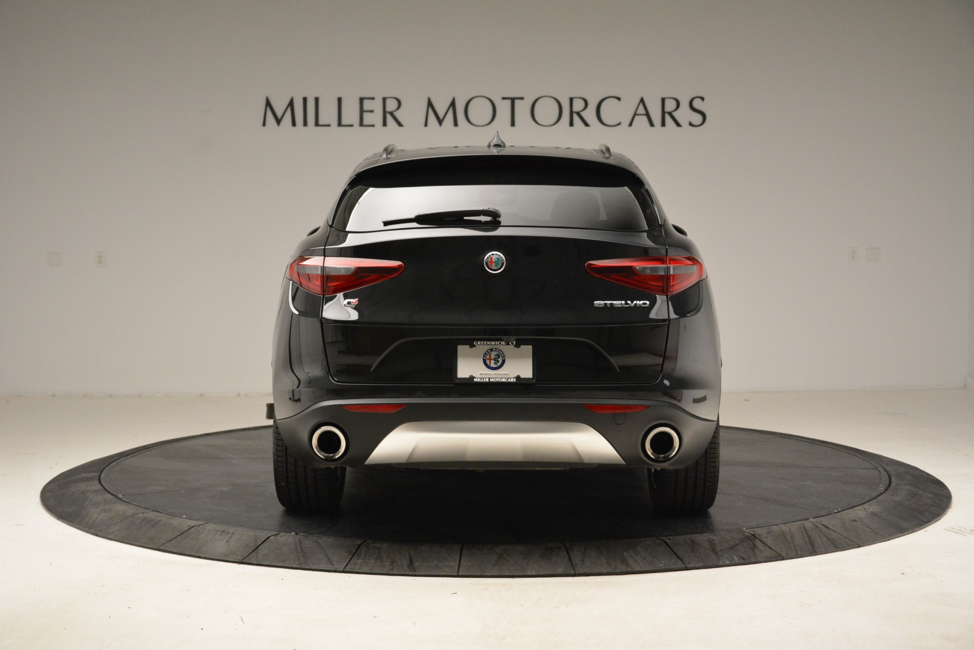 New 2018 Alfa Romeo Stelvio Ti Sport Q4 For Sale In Greenwich, CT. Alfa Romeo of Greenwich, LW187 2325_p6