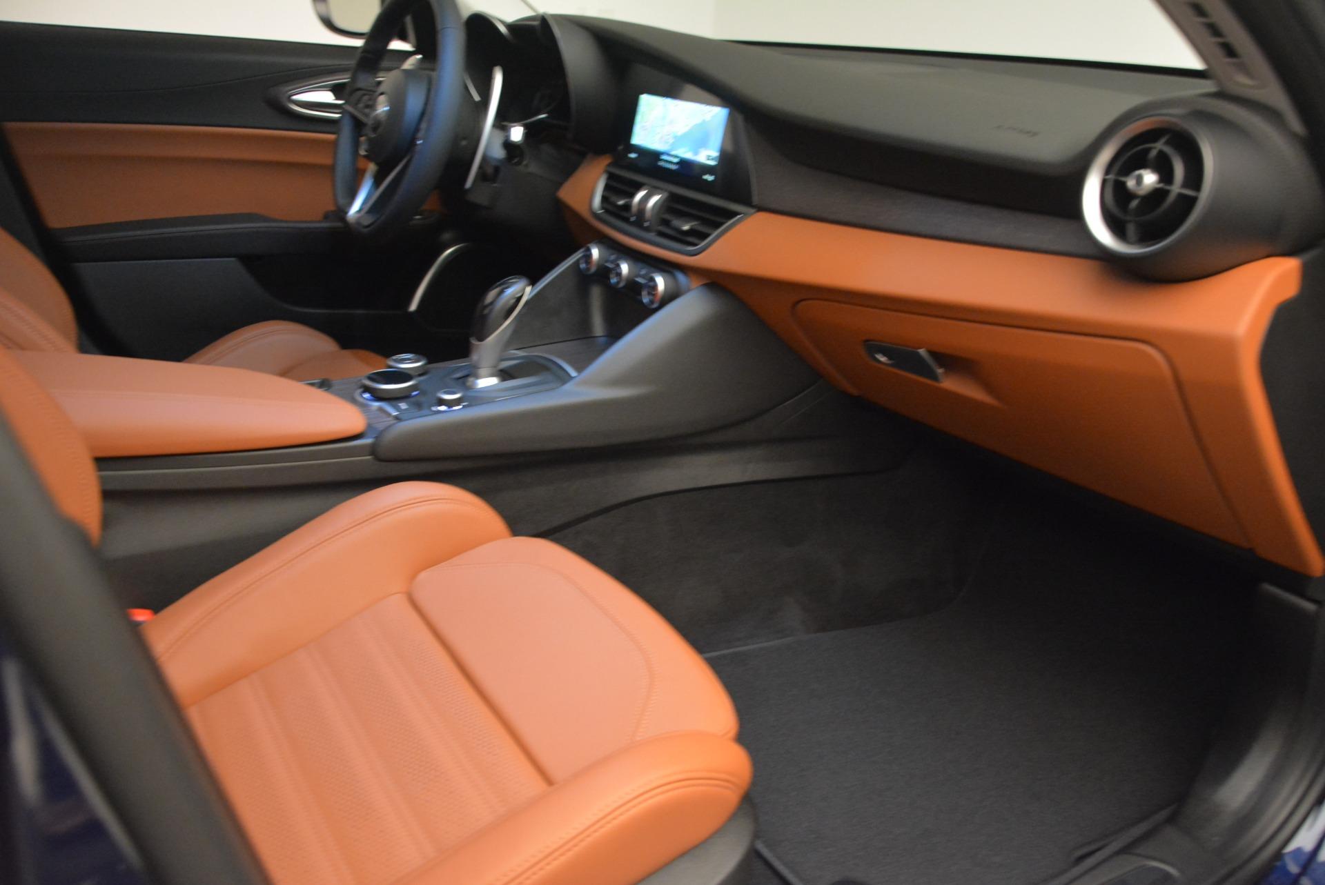 New 2018 Alfa Romeo Giulia Ti Sport Q4 For Sale In Greenwich, CT. Alfa Romeo of Greenwich, L421 2329_p23