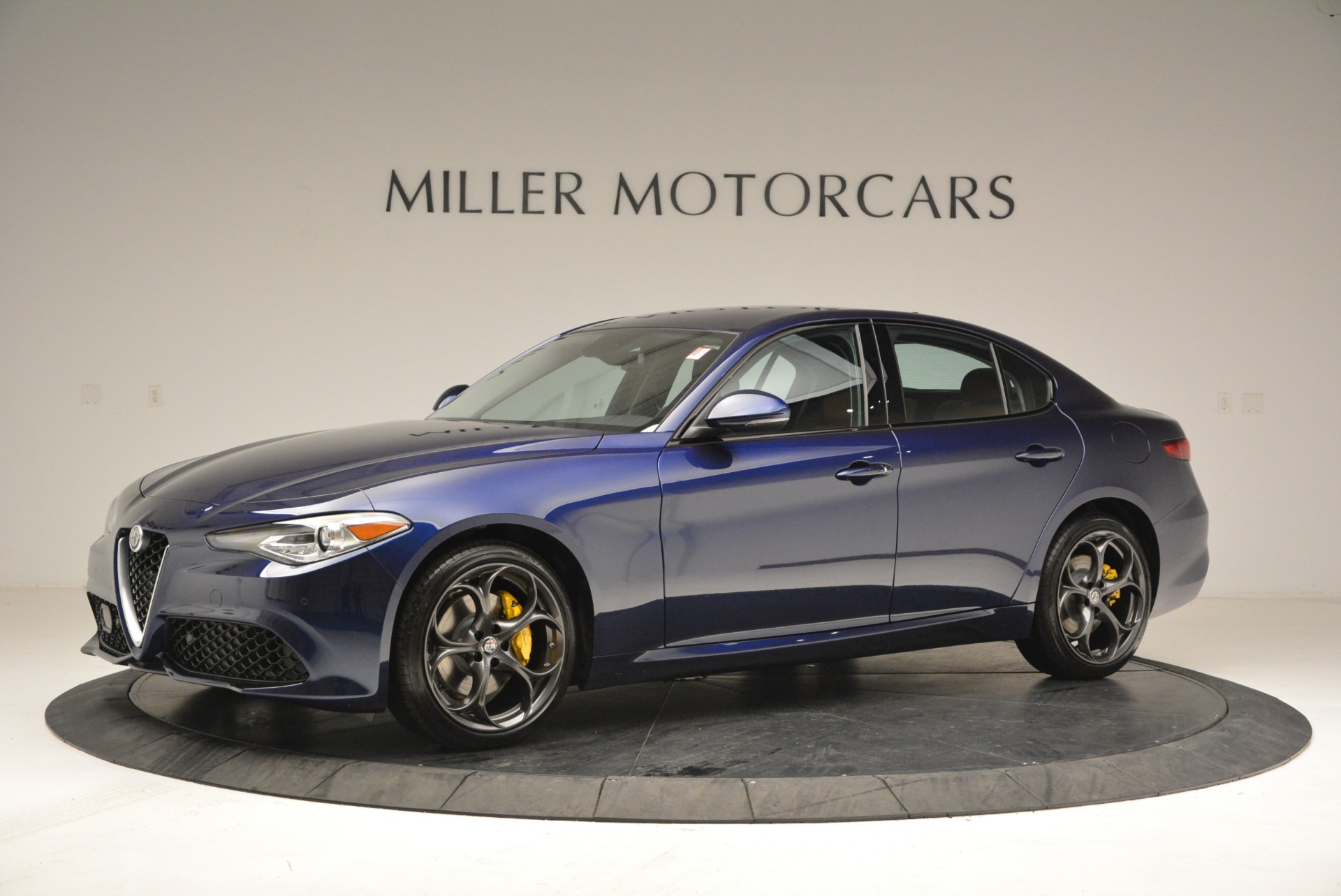 New 2018 Alfa Romeo Giulia Ti Sport Q4 For Sale In Greenwich, CT. Alfa Romeo of Greenwich, L421 2329_p2