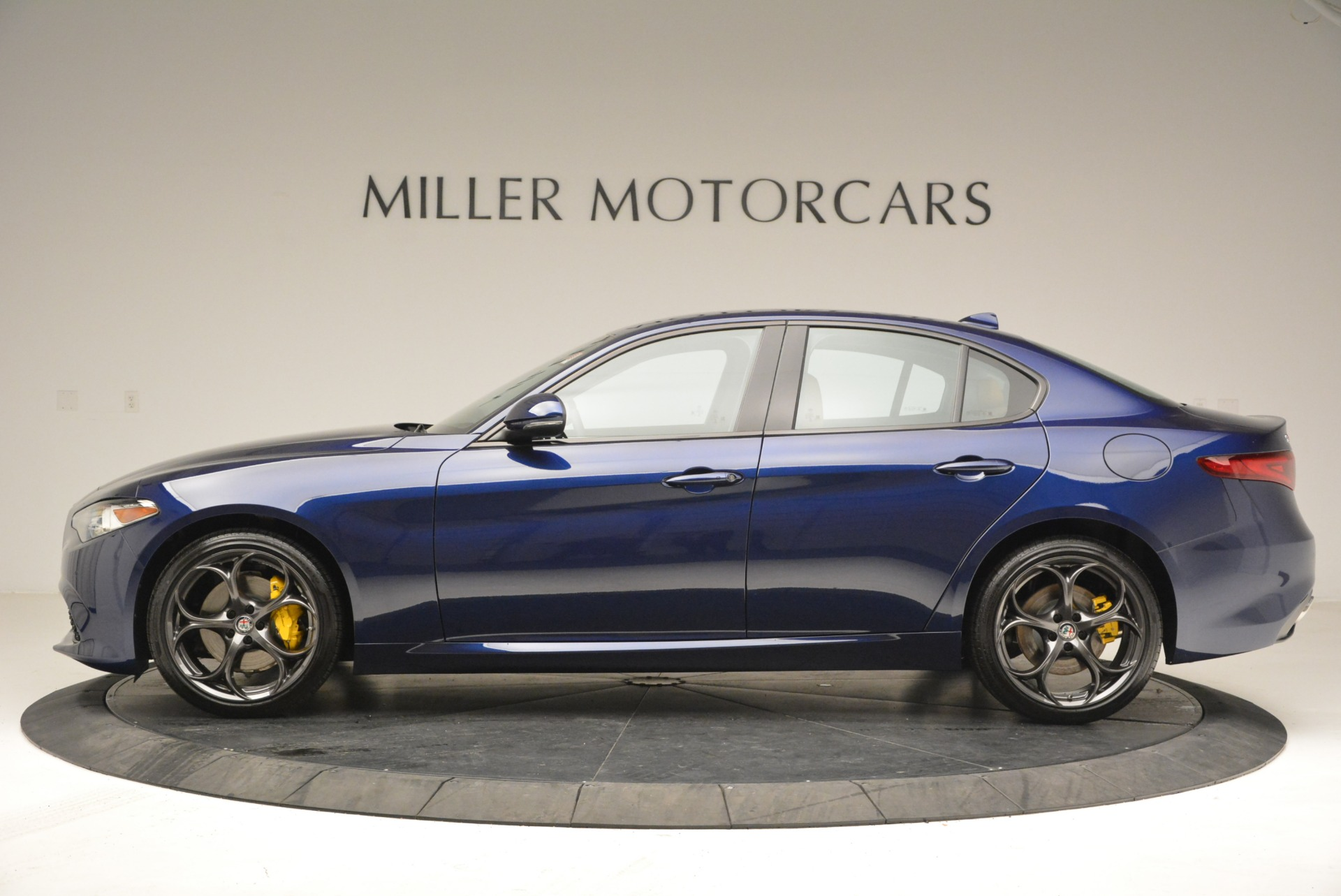 New 2018 Alfa Romeo Giulia Ti Sport Q4 For Sale In Greenwich, CT. Alfa Romeo of Greenwich, L421 2329_p3