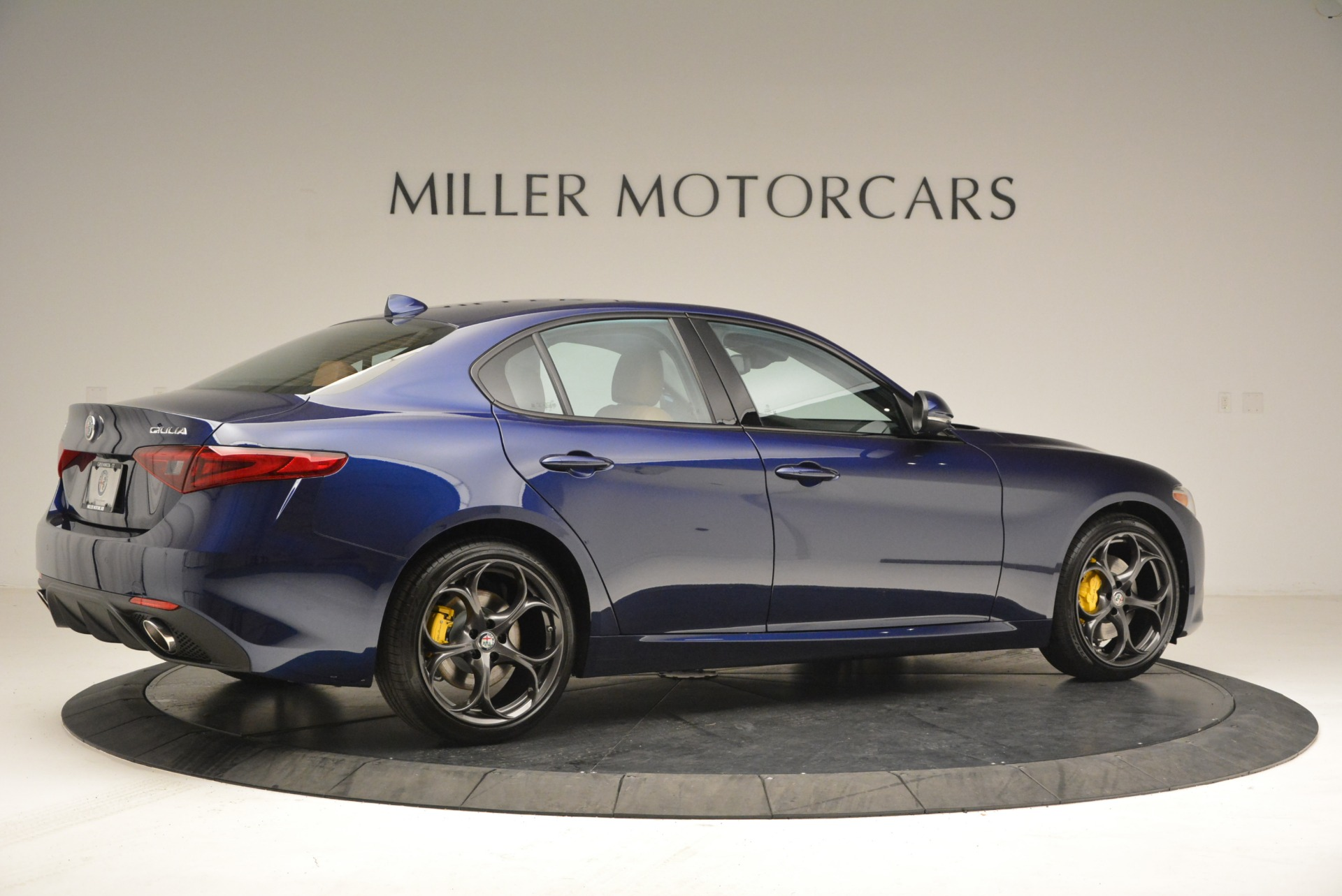 New 2018 Alfa Romeo Giulia Ti Sport Q4 For Sale In Greenwich, CT. Alfa Romeo of Greenwich, L421 2329_p8