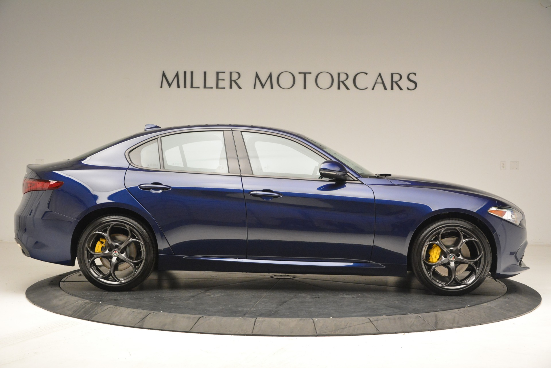 New 2018 Alfa Romeo Giulia Ti Sport Q4 For Sale In Greenwich, CT. Alfa Romeo of Greenwich, L421 2329_p9