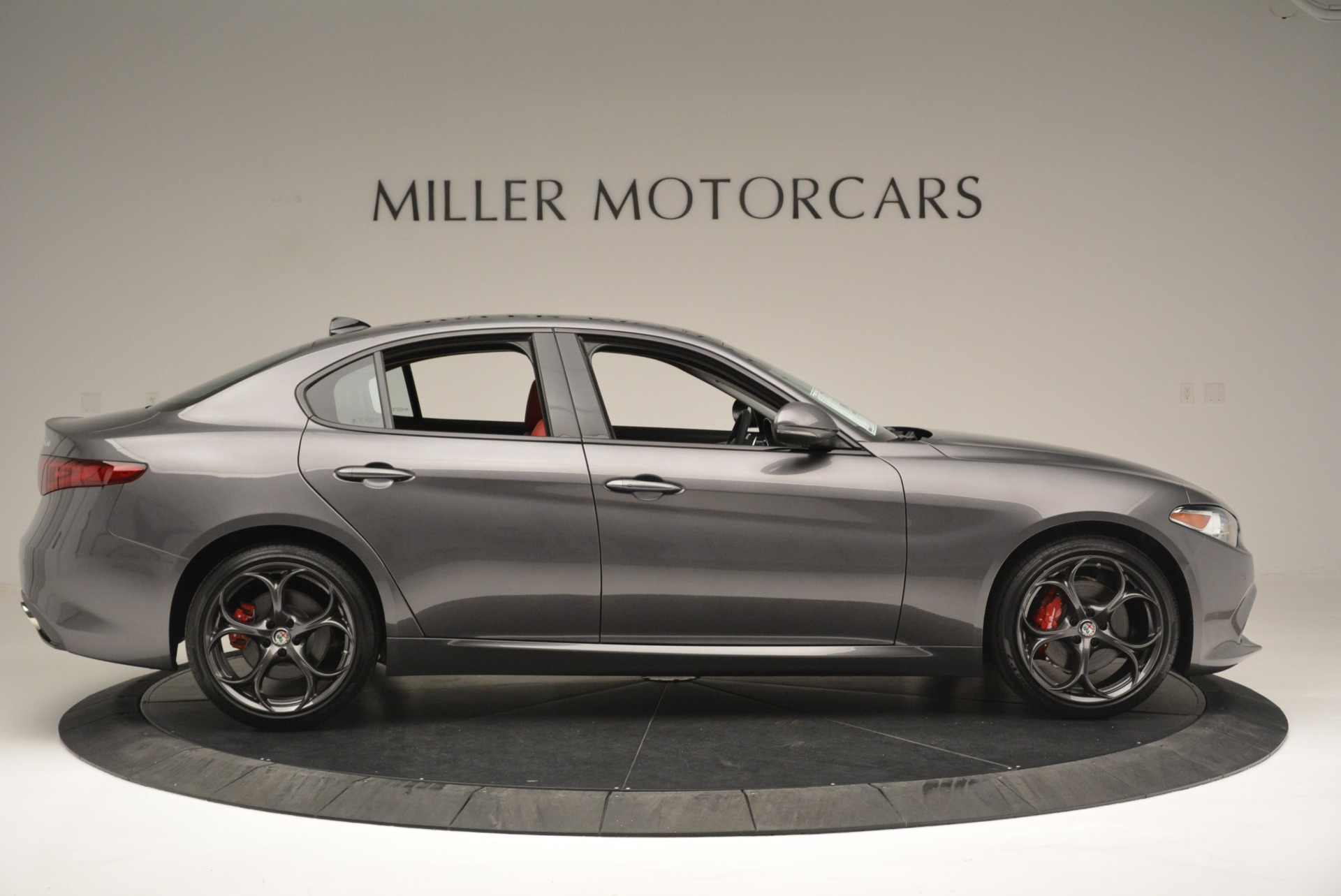 New 2018 Alfa Romeo Giulia Ti Sport Q4 For Sale In Greenwich, CT. Alfa Romeo of Greenwich, L424 2332_p9
