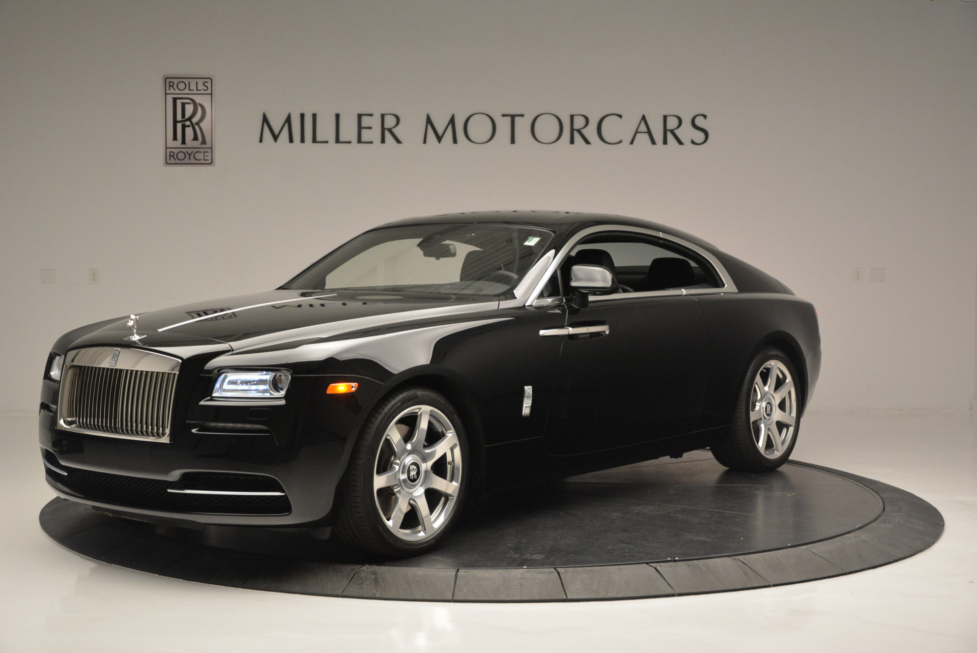 Used 2015 Rolls-Royce Wraith  For Sale In Greenwich, CT. Alfa Romeo of Greenwich, A1209A 2335_main