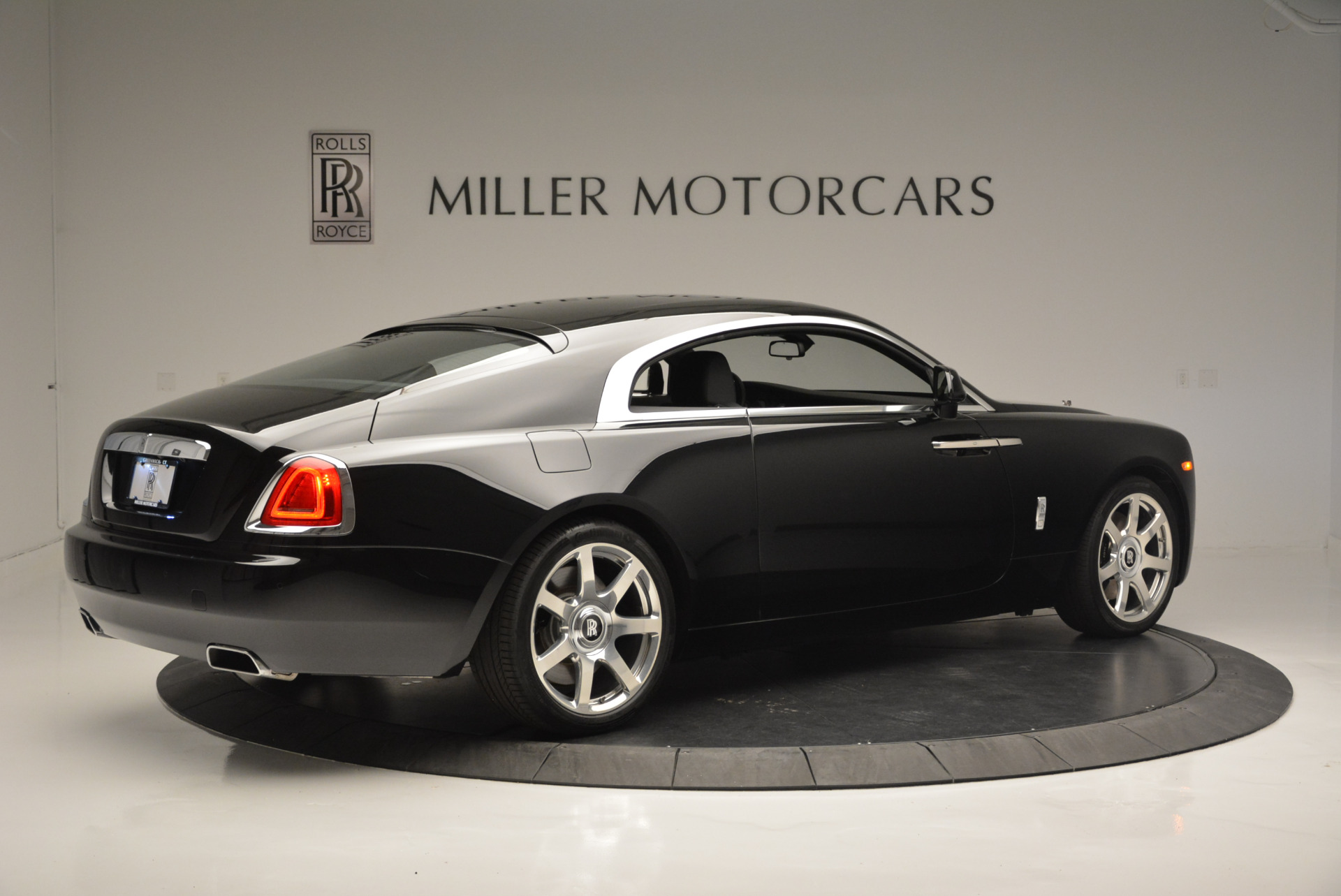 Used 2015 Rolls-Royce Wraith  For Sale In Greenwich, CT. Alfa Romeo of Greenwich, A1209A 2335_p5