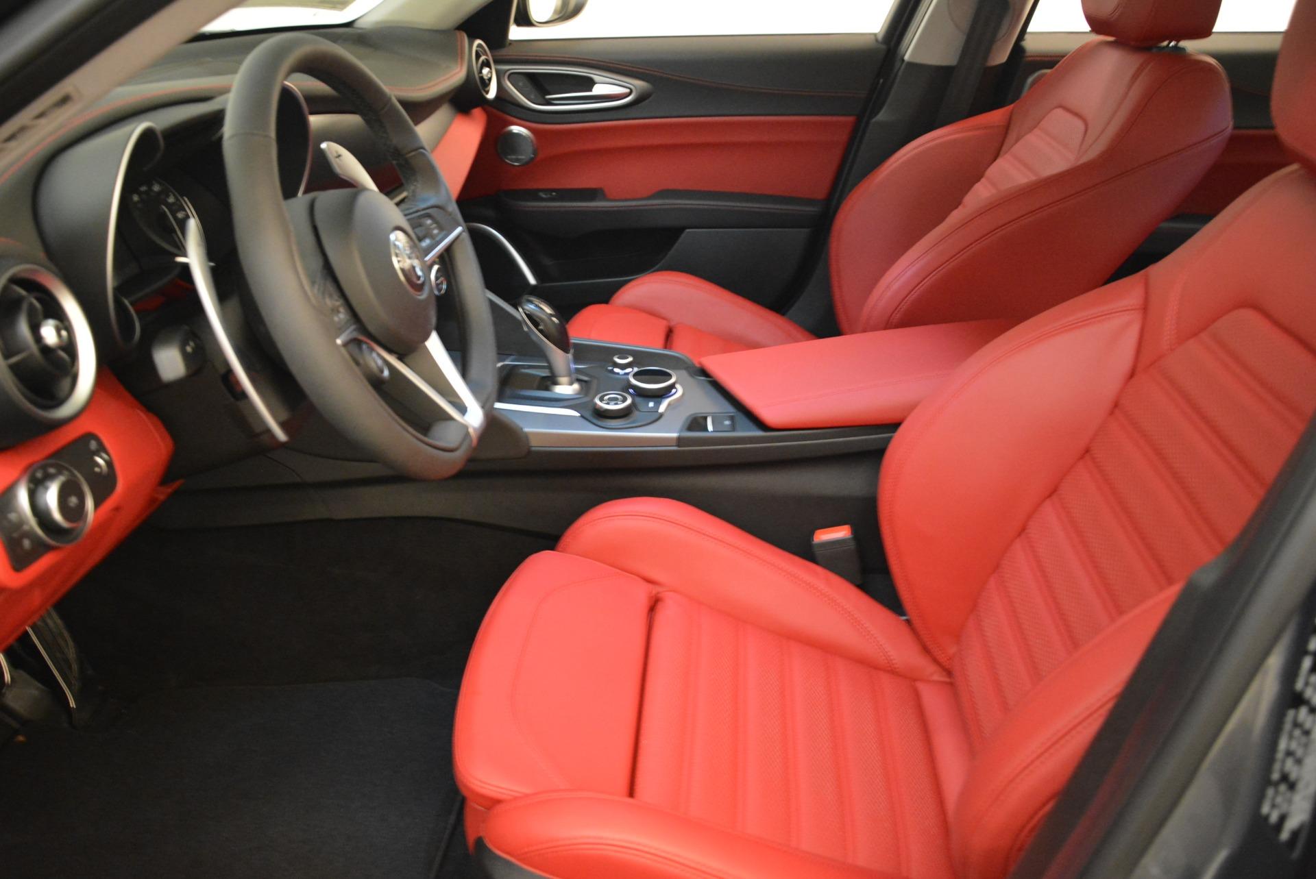 New 2018 Alfa Romeo Giulia Ti Sport Q4 For Sale In Greenwich, CT. Alfa Romeo of Greenwich, L425 2336_p14