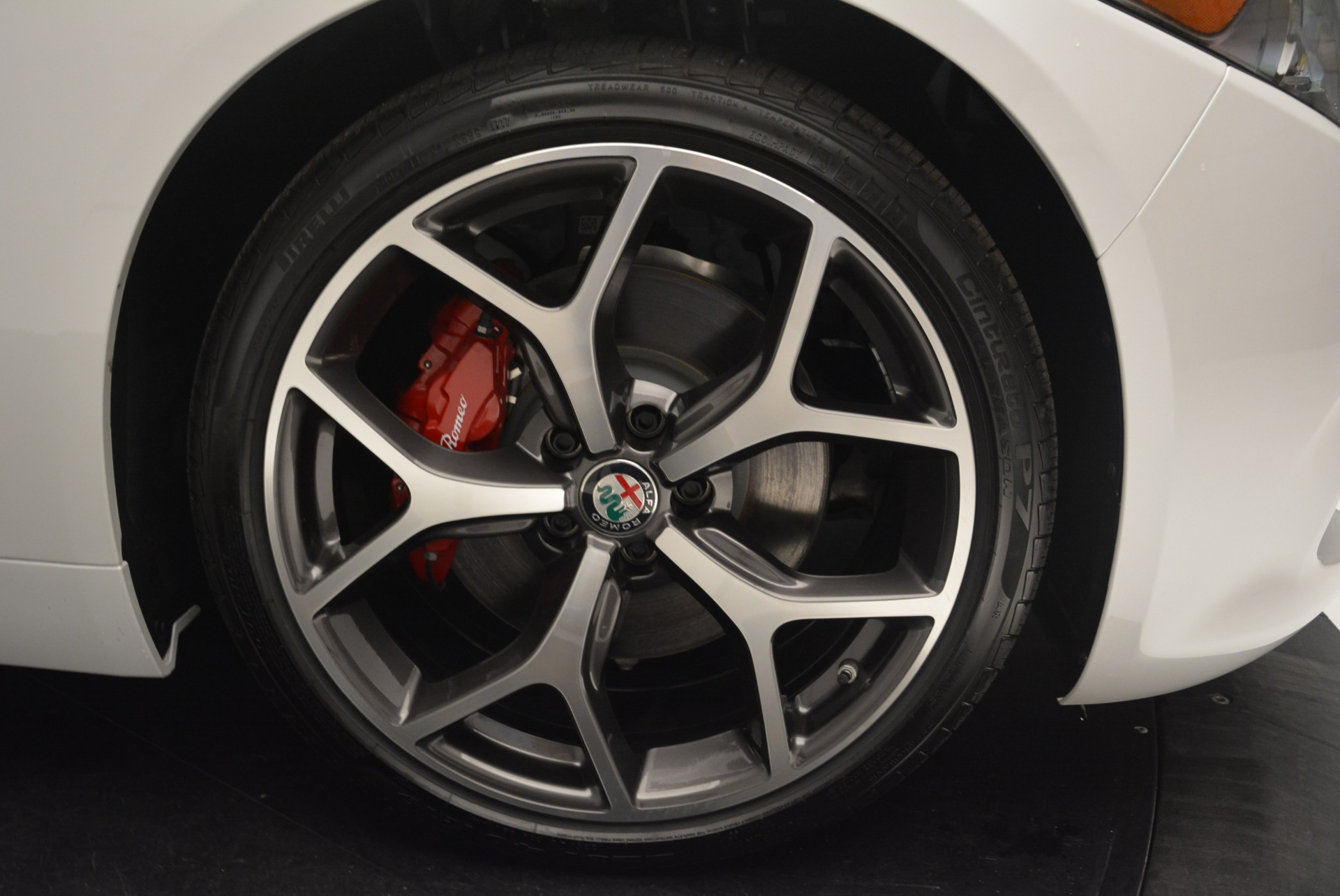 New 2018 Alfa Romeo Giulia Ti Sport Q4 For Sale In Greenwich, CT. Alfa Romeo of Greenwich, L425 2336_p25