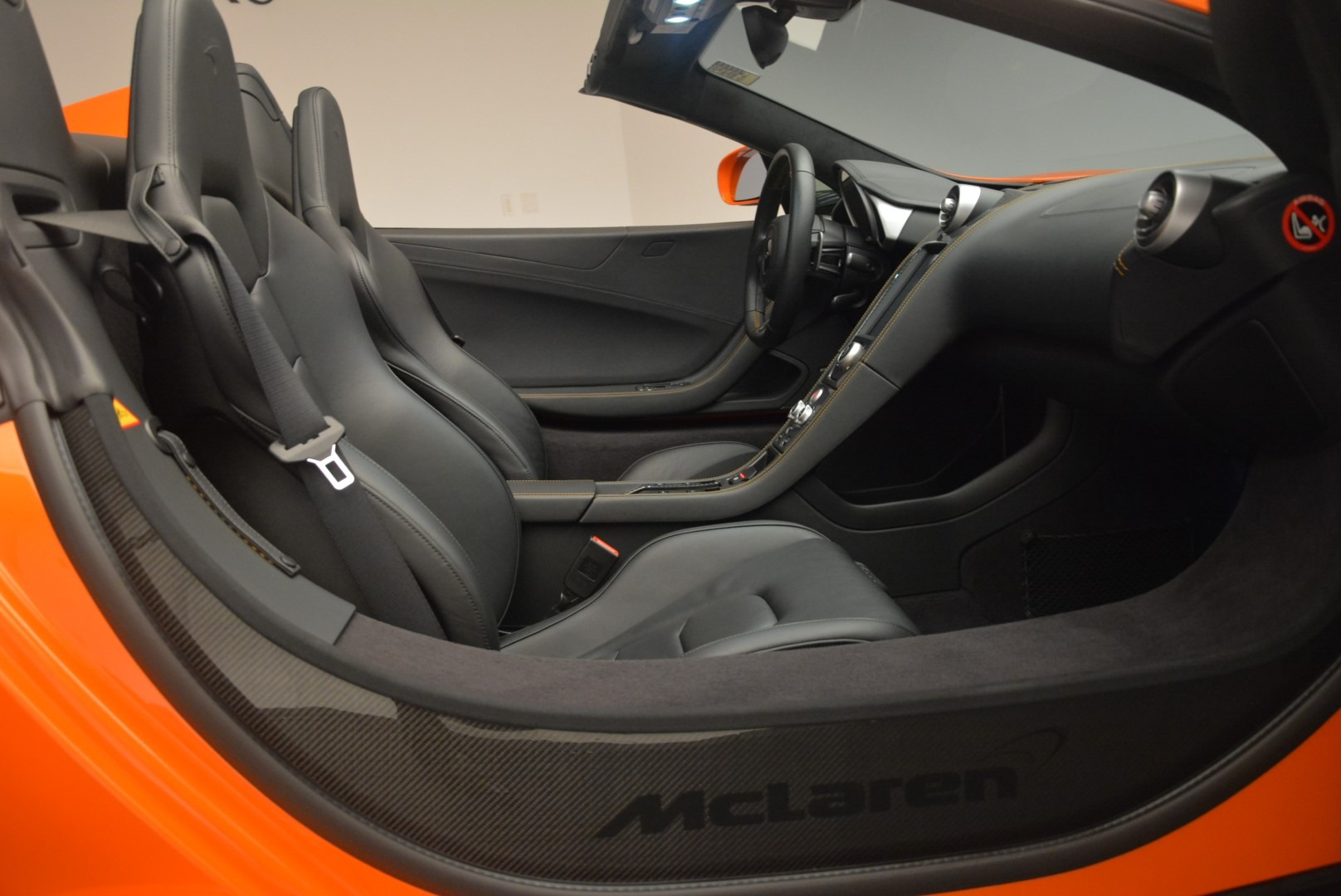 Used 2015 McLaren 650S Spider For Sale In Greenwich, CT. Alfa Romeo of Greenwich, 3139A 2338_p26