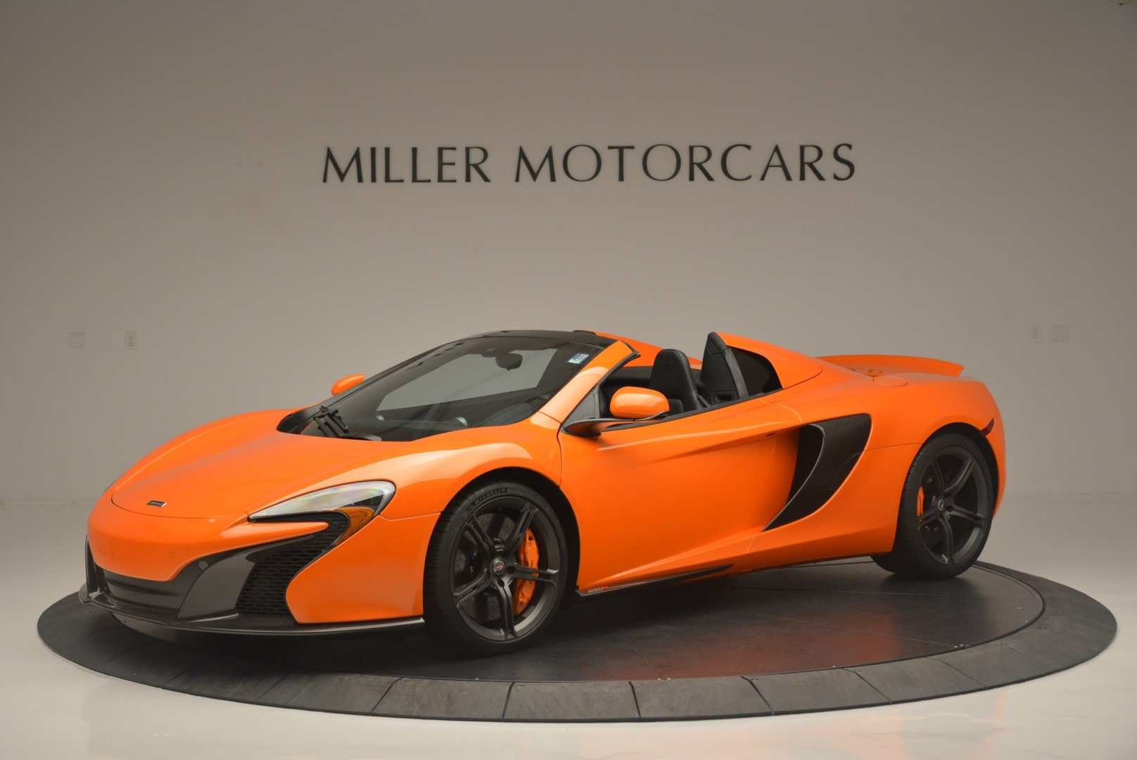 Used 2015 McLaren 650S Spider For Sale In Greenwich, CT. Alfa Romeo of Greenwich, 3139A 2338_p2