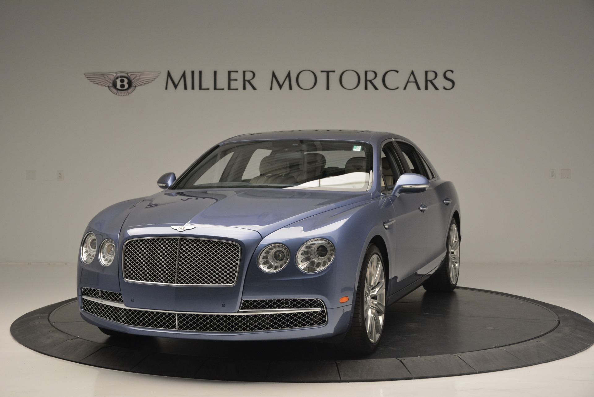 Used 2015 Bentley Flying Spur W12 For Sale In Greenwich, CT. Alfa Romeo of Greenwich, 7375 2339_main
