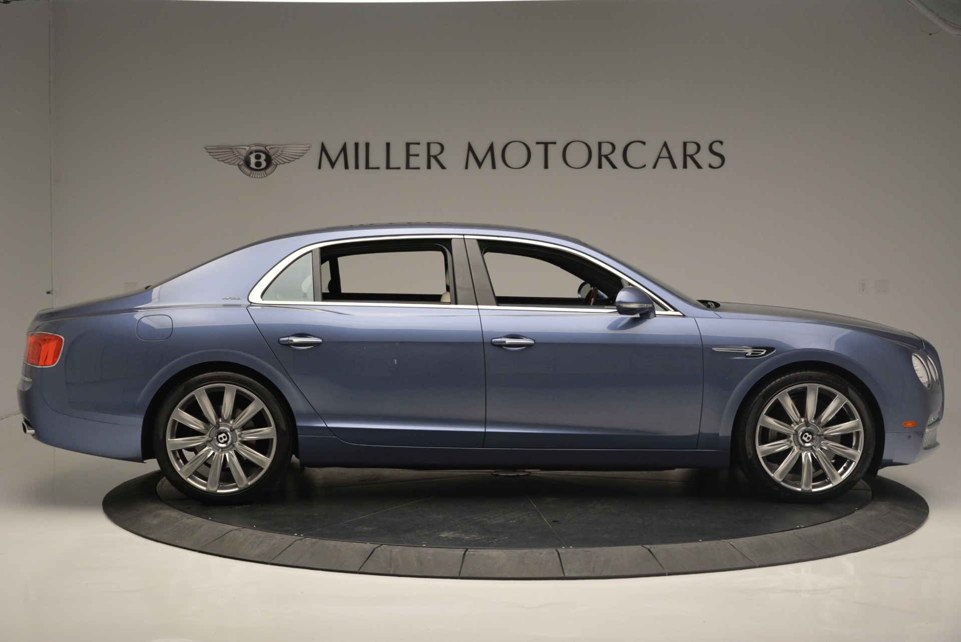 Used 2015 Bentley Flying Spur W12 For Sale In Greenwich, CT. Alfa Romeo of Greenwich, 7375 2339_p9