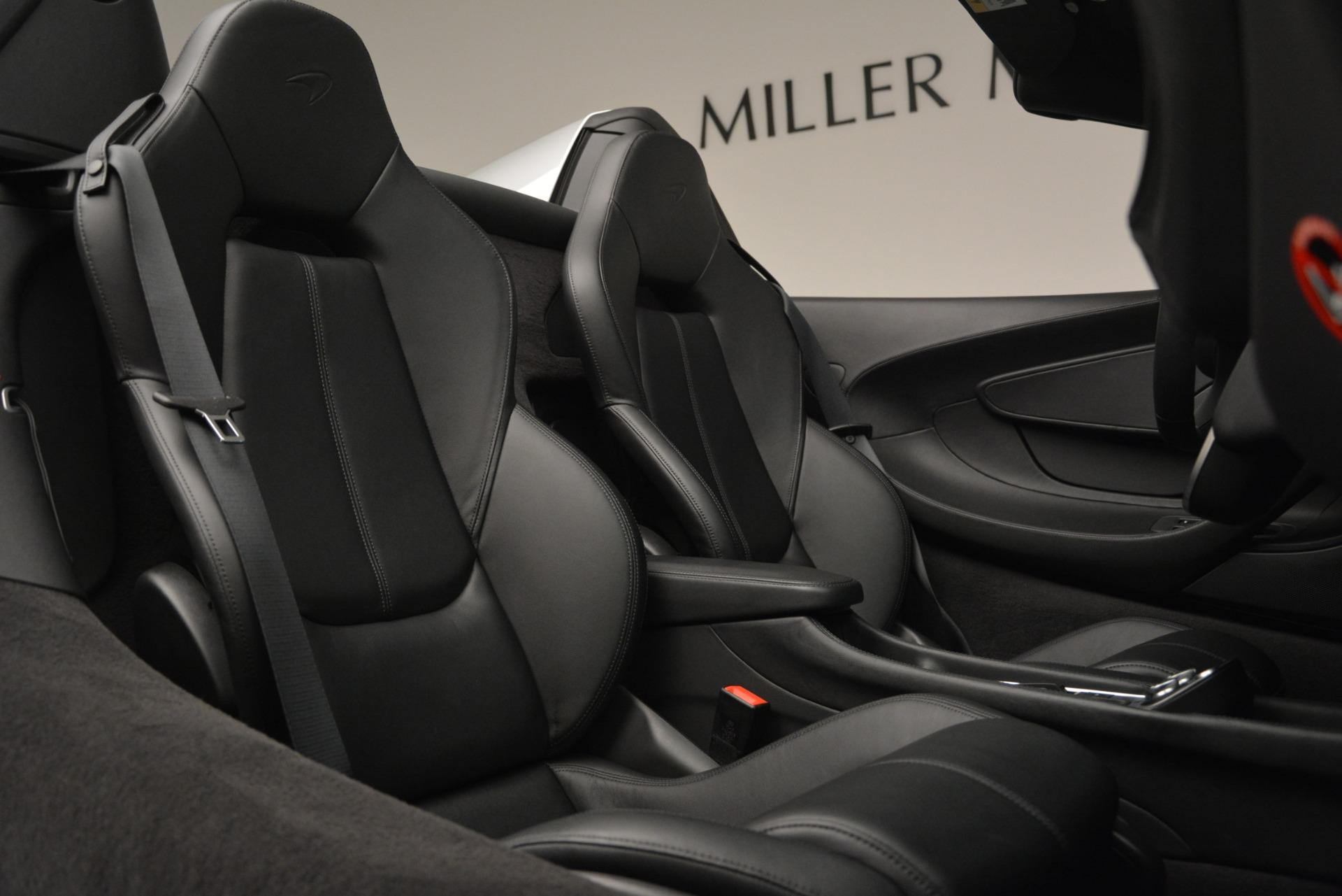 Used 2018 McLaren 570S Spider For Sale In Greenwich, CT. Alfa Romeo of Greenwich, MC369 2340_p28