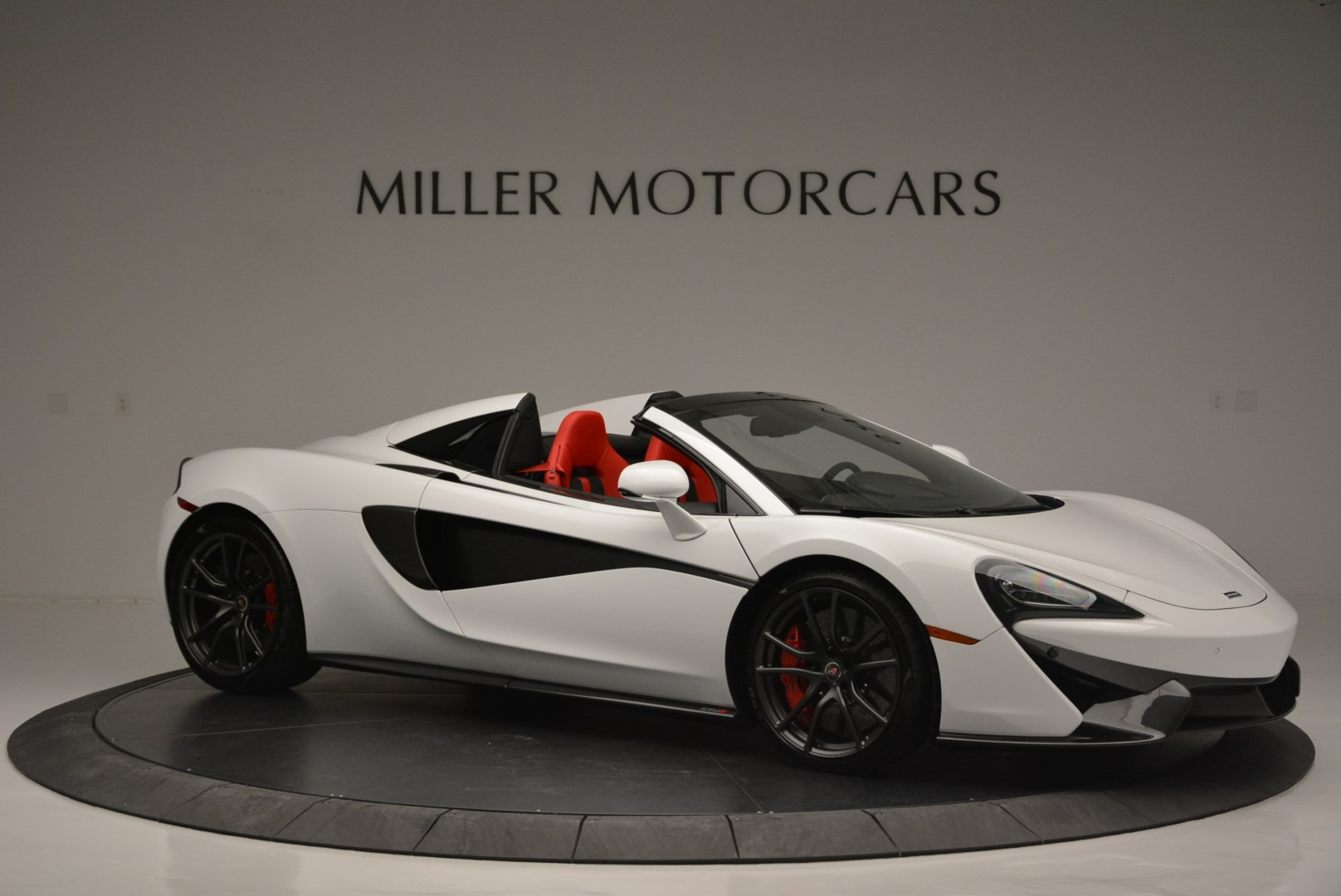 Used 2018 McLaren 570S Spider For Sale In Greenwich, CT. Alfa Romeo of Greenwich, 3149 2341_p10