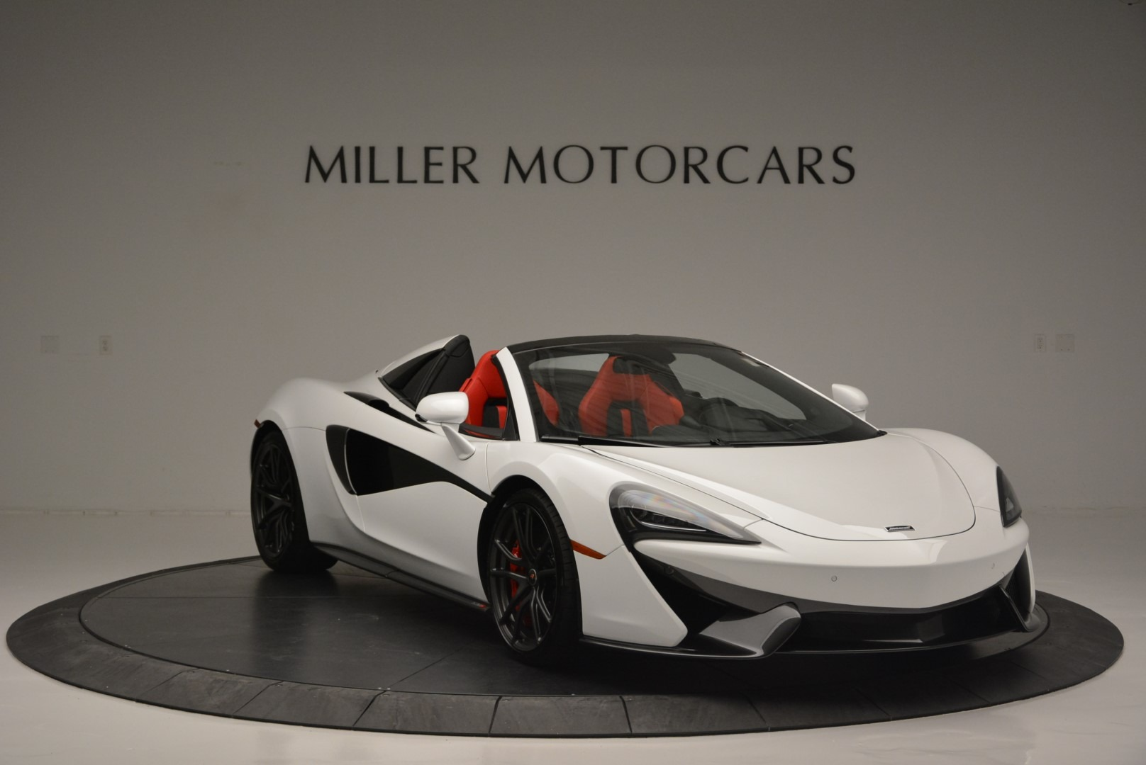 Used 2018 McLaren 570S Spider For Sale In Greenwich, CT. Alfa Romeo of Greenwich, 3149 2341_p11