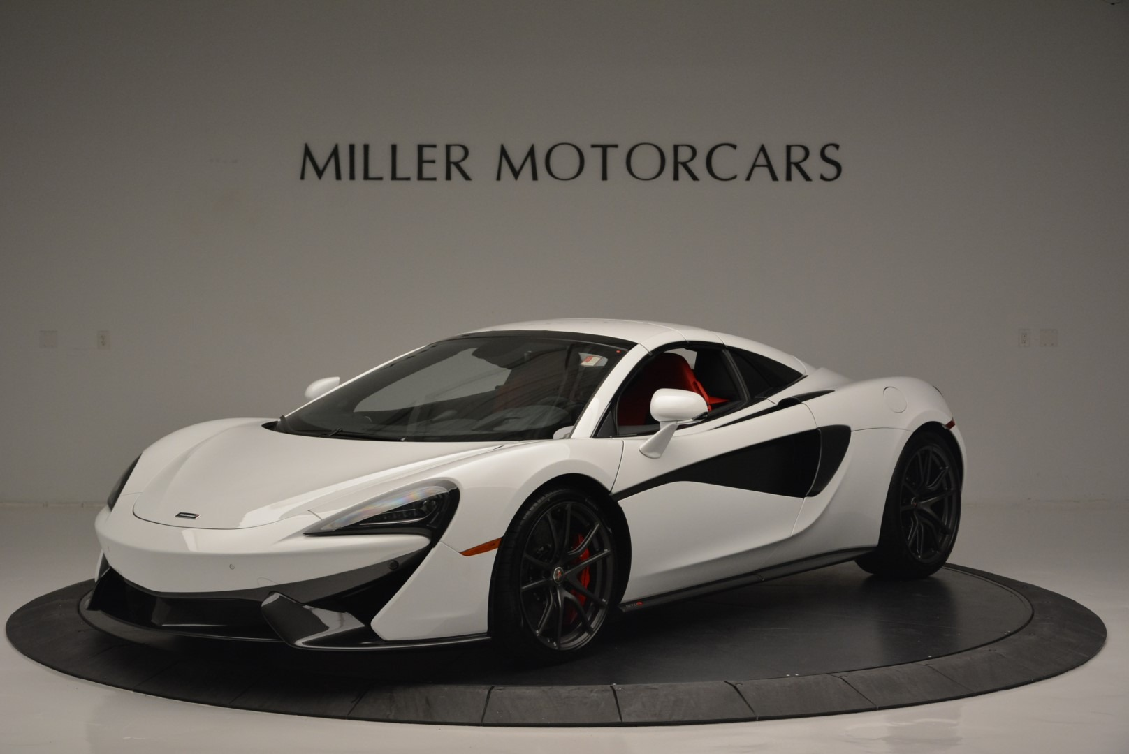 Used 2018 McLaren 570S Spider For Sale In Greenwich, CT. Alfa Romeo of Greenwich, 3149 2341_p14