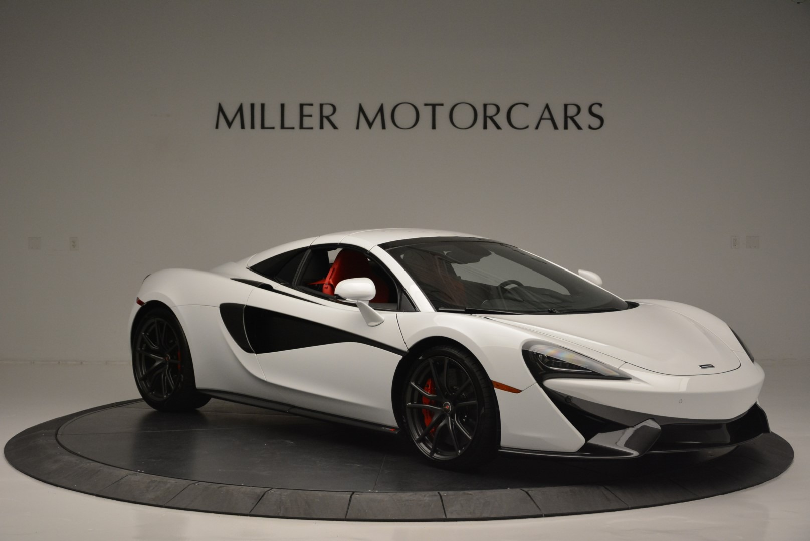 Used 2018 McLaren 570S Spider For Sale In Greenwich, CT. Alfa Romeo of Greenwich, 3149 2341_p20