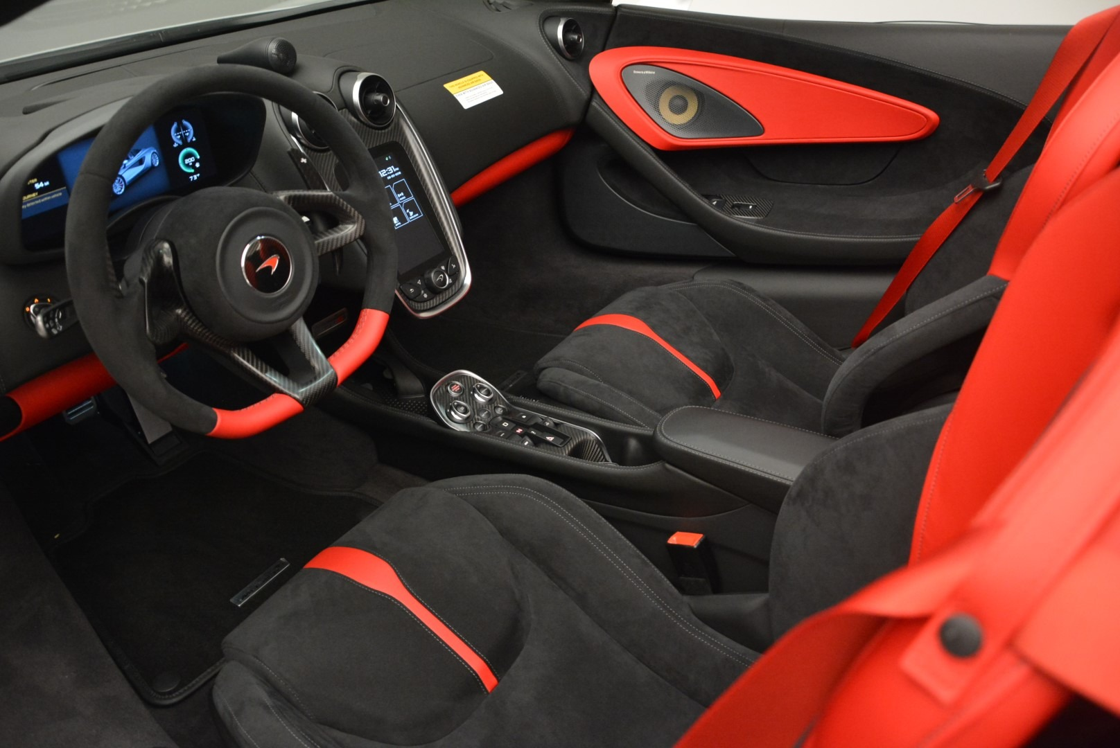 Used 2018 McLaren 570S Spider For Sale In Greenwich, CT. Alfa Romeo of Greenwich, 3149 2341_p22