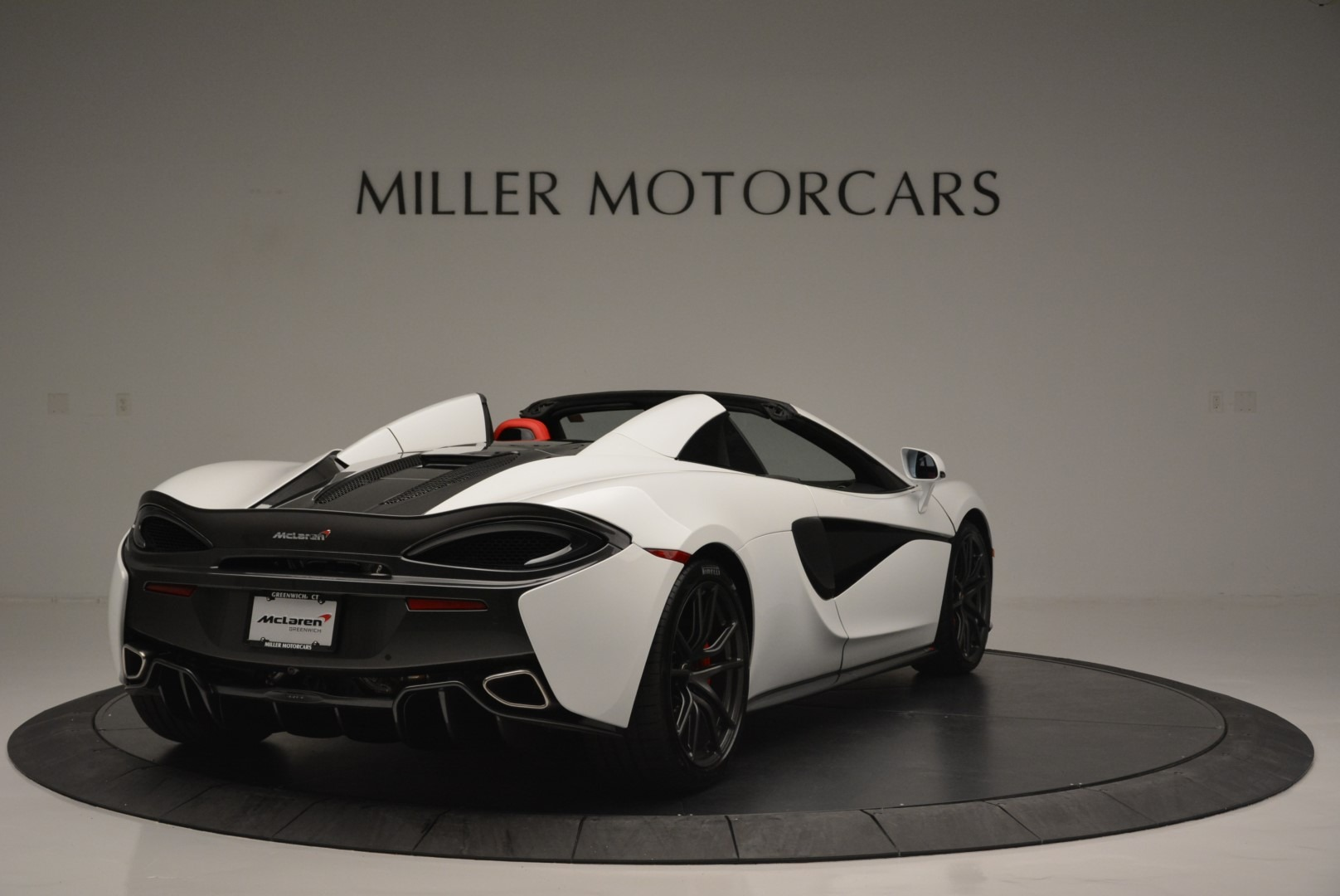 Used 2018 McLaren 570S Spider For Sale In Greenwich, CT. Alfa Romeo of Greenwich, 3149 2341_p7