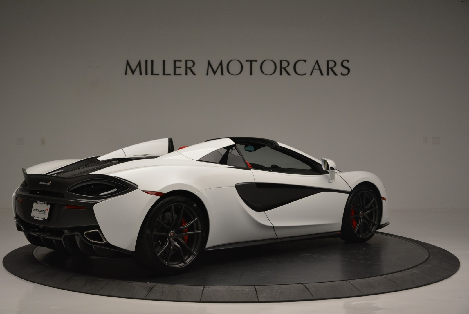 Used 2018 McLaren 570S Spider For Sale In Greenwich, CT. Alfa Romeo of Greenwich, 3149 2341_p8