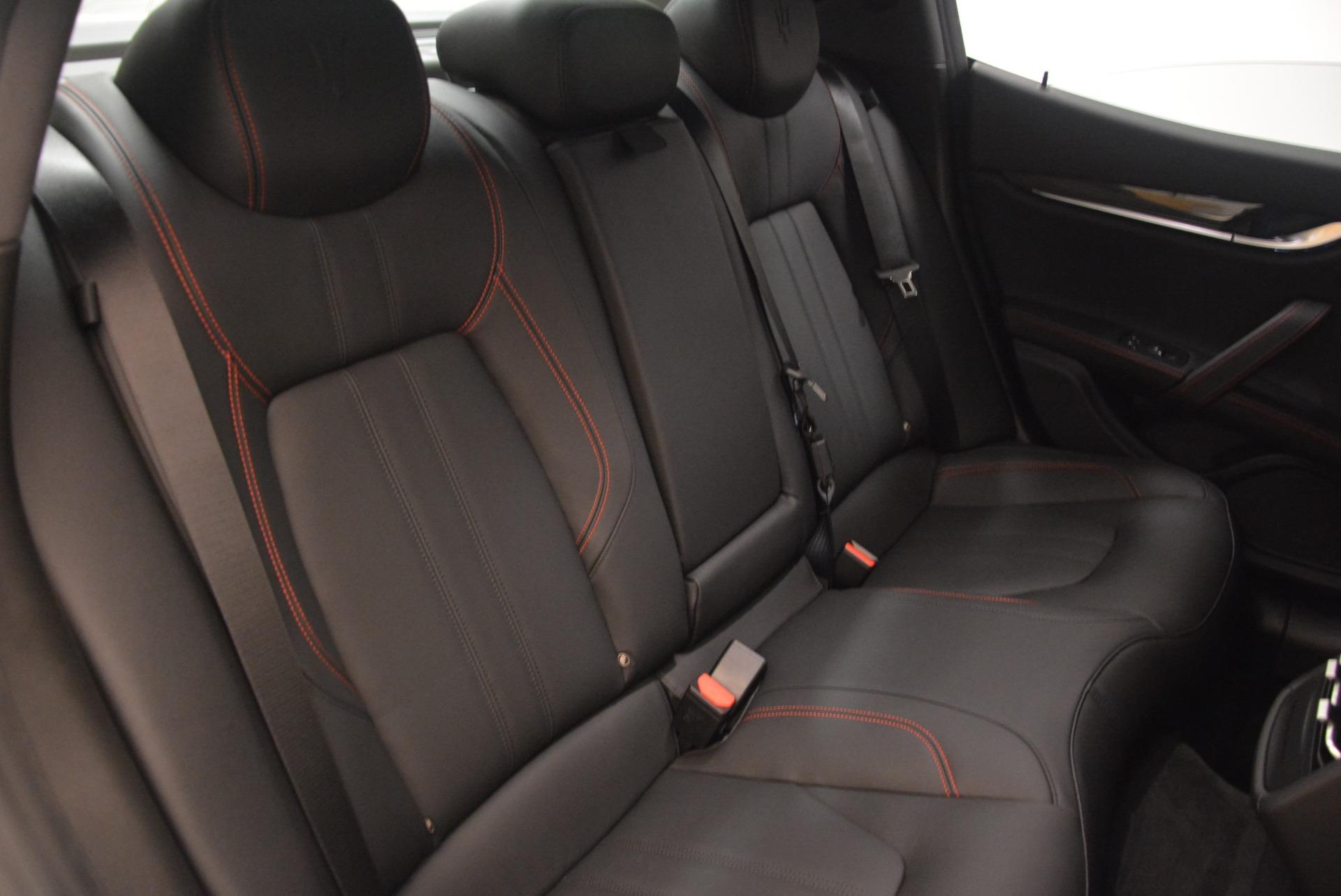 New 2018 Maserati Ghibli SQ4 GranSport Nerissimo For Sale In Greenwich, CT. Alfa Romeo of Greenwich, M2171 2366_p24