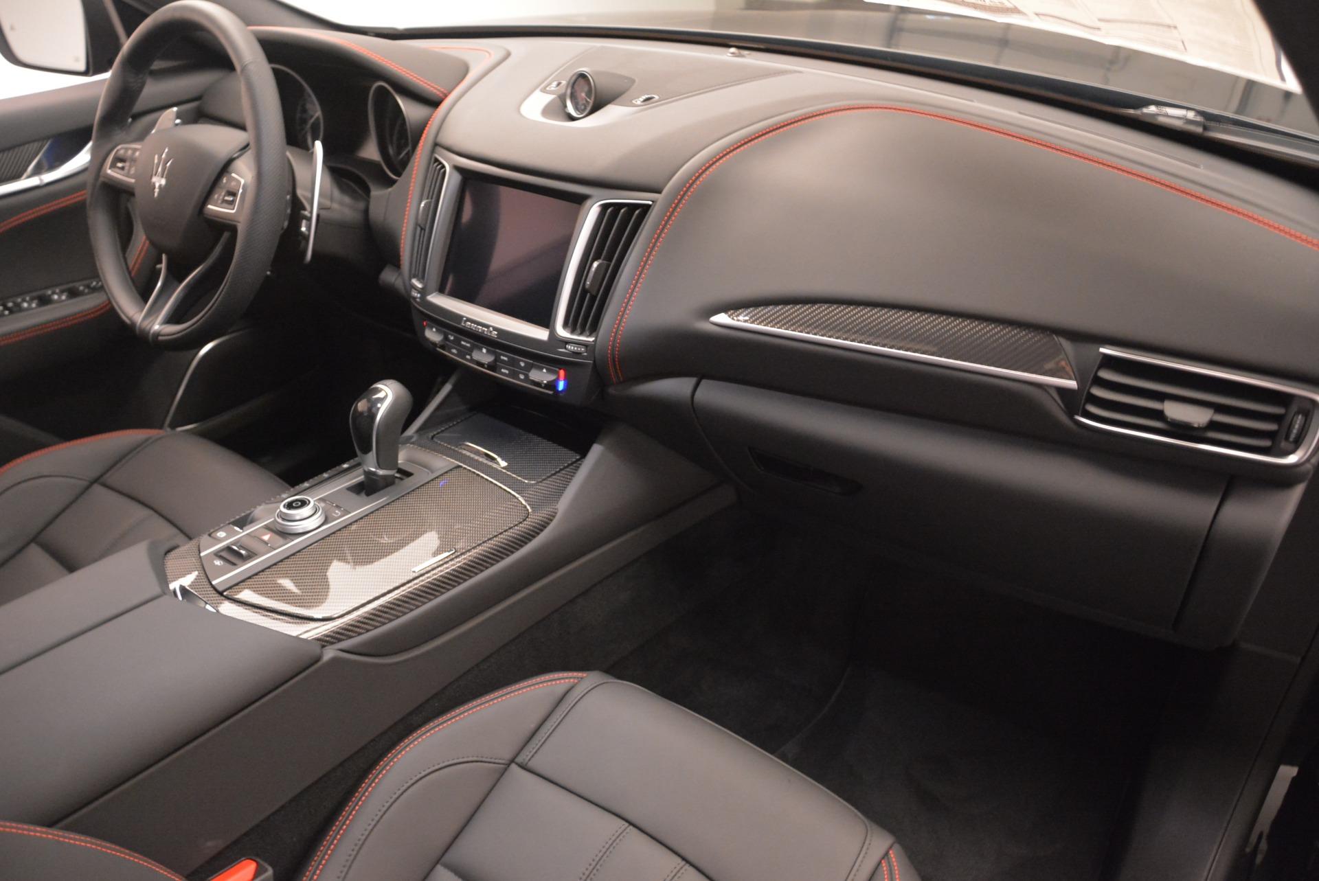 New 2018 Maserati Levante S Q4 GranSport Nerissimo For Sale In Greenwich, CT. Alfa Romeo of Greenwich, W602 2370_p19