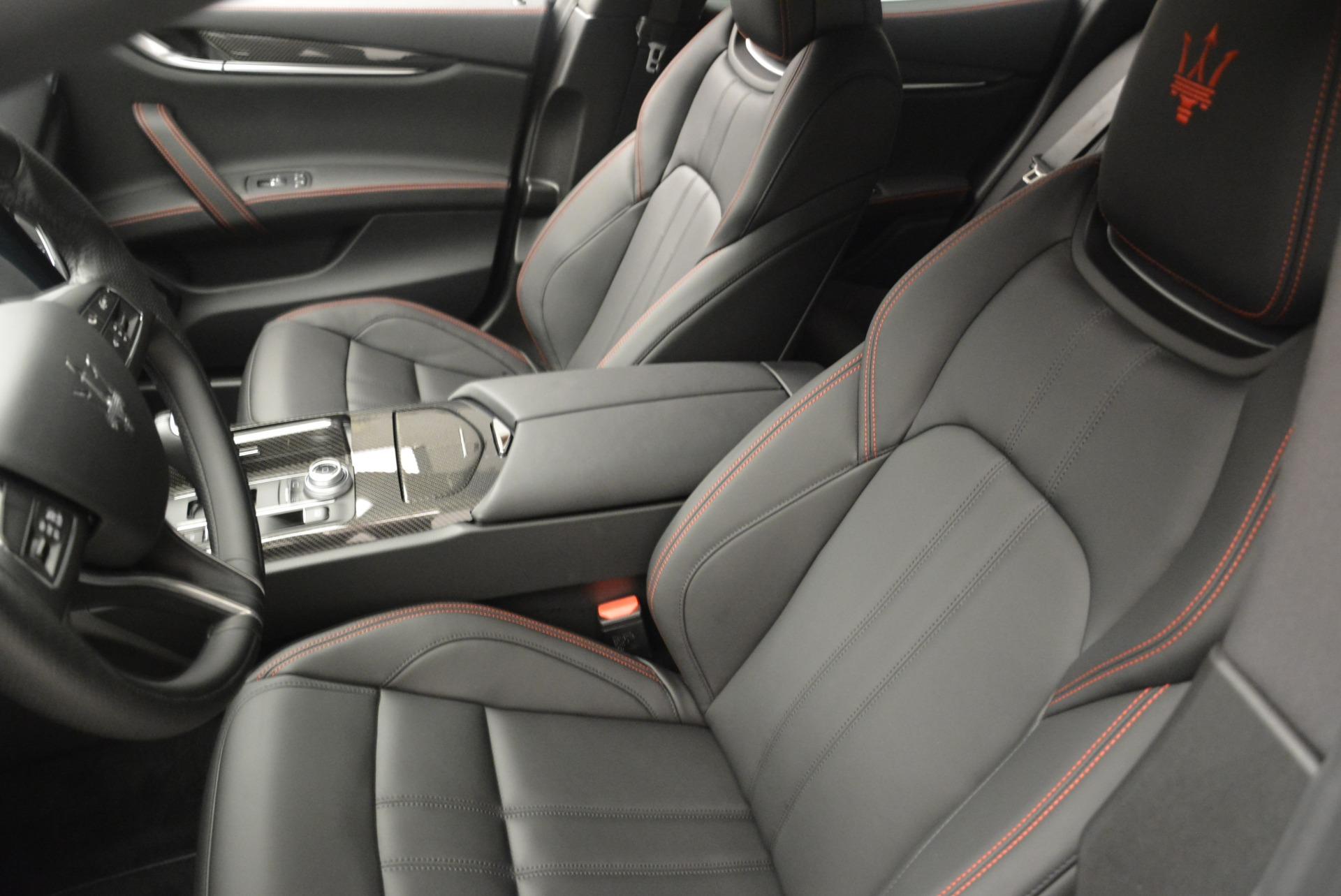 New 2018 Maserati Ghibli SQ4 GranSport Nerissimo For Sale In Greenwich, CT. Alfa Romeo of Greenwich, W603 2372_p13