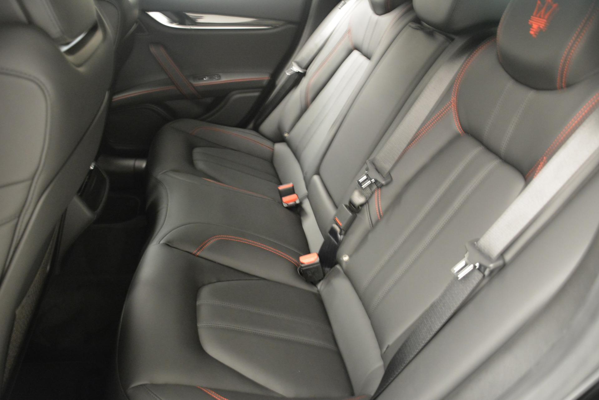 New 2018 Maserati Ghibli SQ4 GranSport Nerissimo For Sale In Greenwich, CT. Alfa Romeo of Greenwich, W603 2372_p18