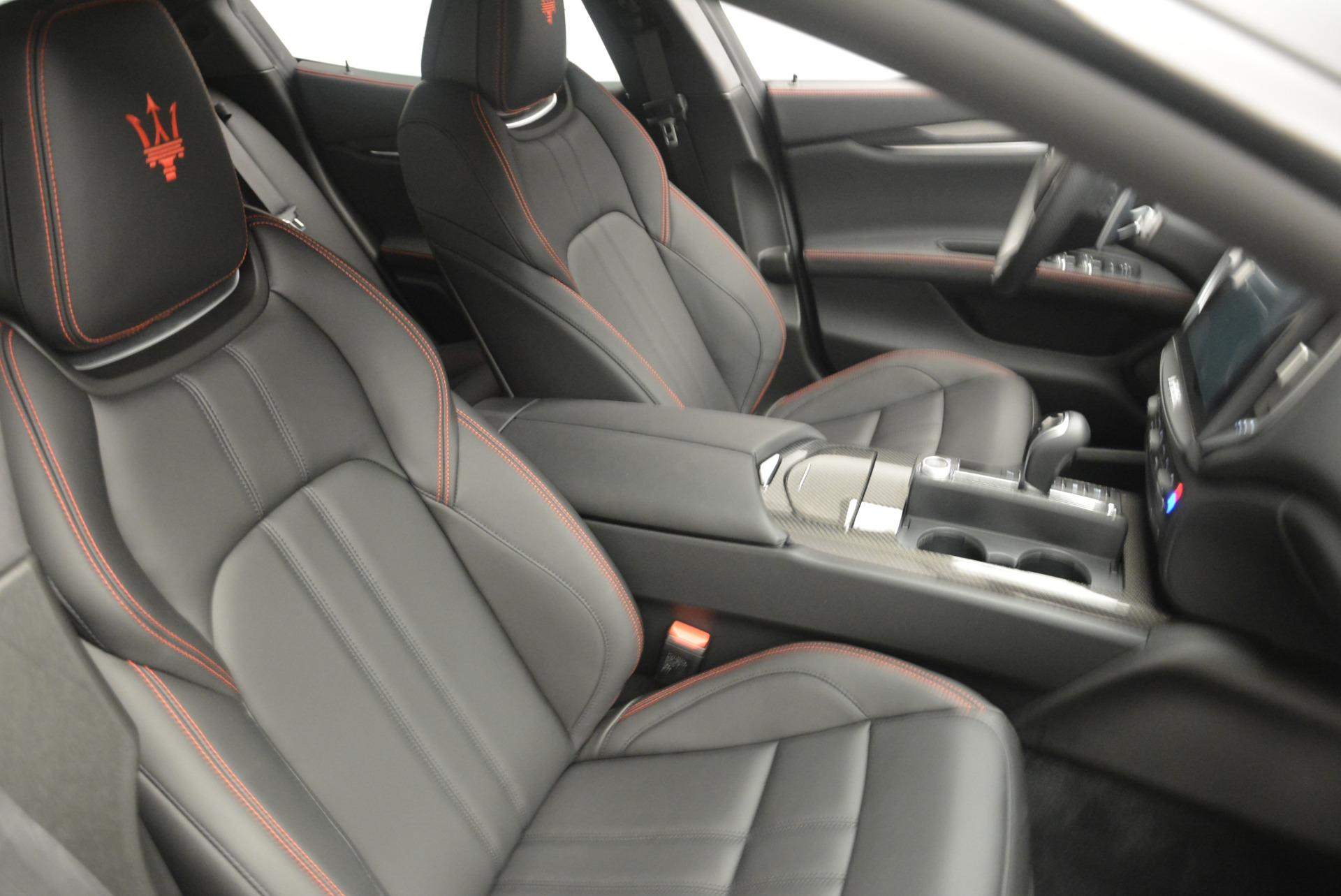 New 2018 Maserati Ghibli SQ4 GranSport Nerissimo For Sale In Greenwich, CT. Alfa Romeo of Greenwich, W603 2372_p20