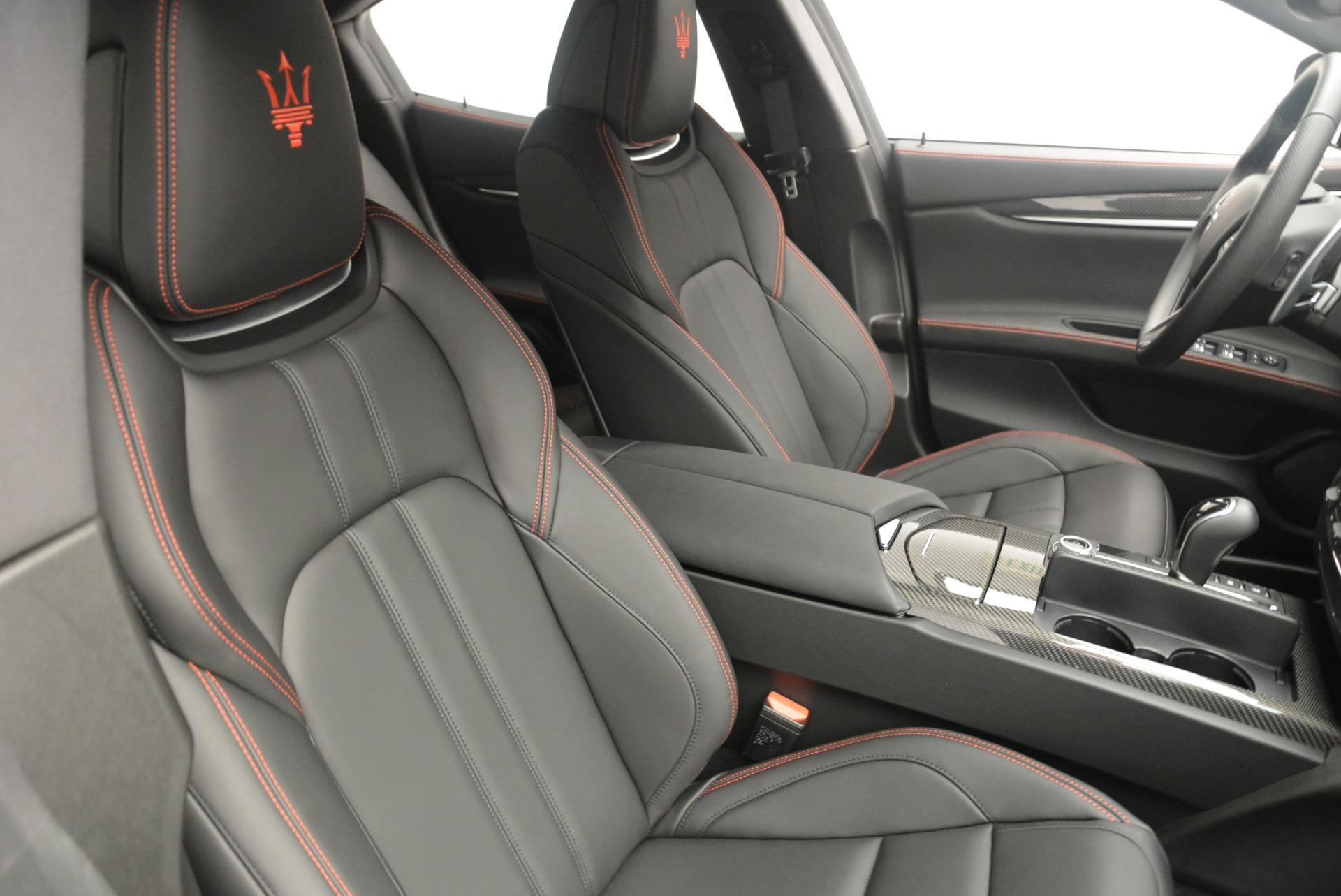 New 2018 Maserati Ghibli SQ4 GranSport Nerissimo For Sale In Greenwich, CT. Alfa Romeo of Greenwich, W603 2372_p22