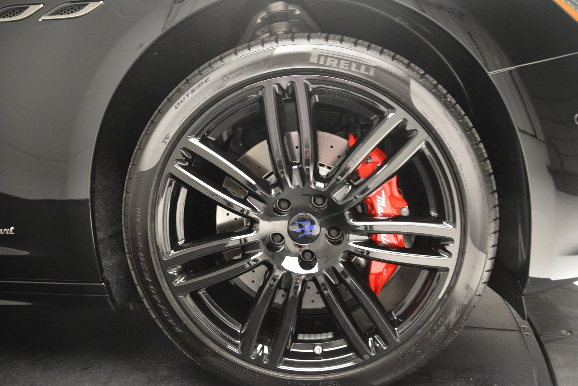 New 2018 Maserati Ghibli SQ4 GranSport Nerissimo For Sale In Greenwich, CT. Alfa Romeo of Greenwich, W603 2372_p23