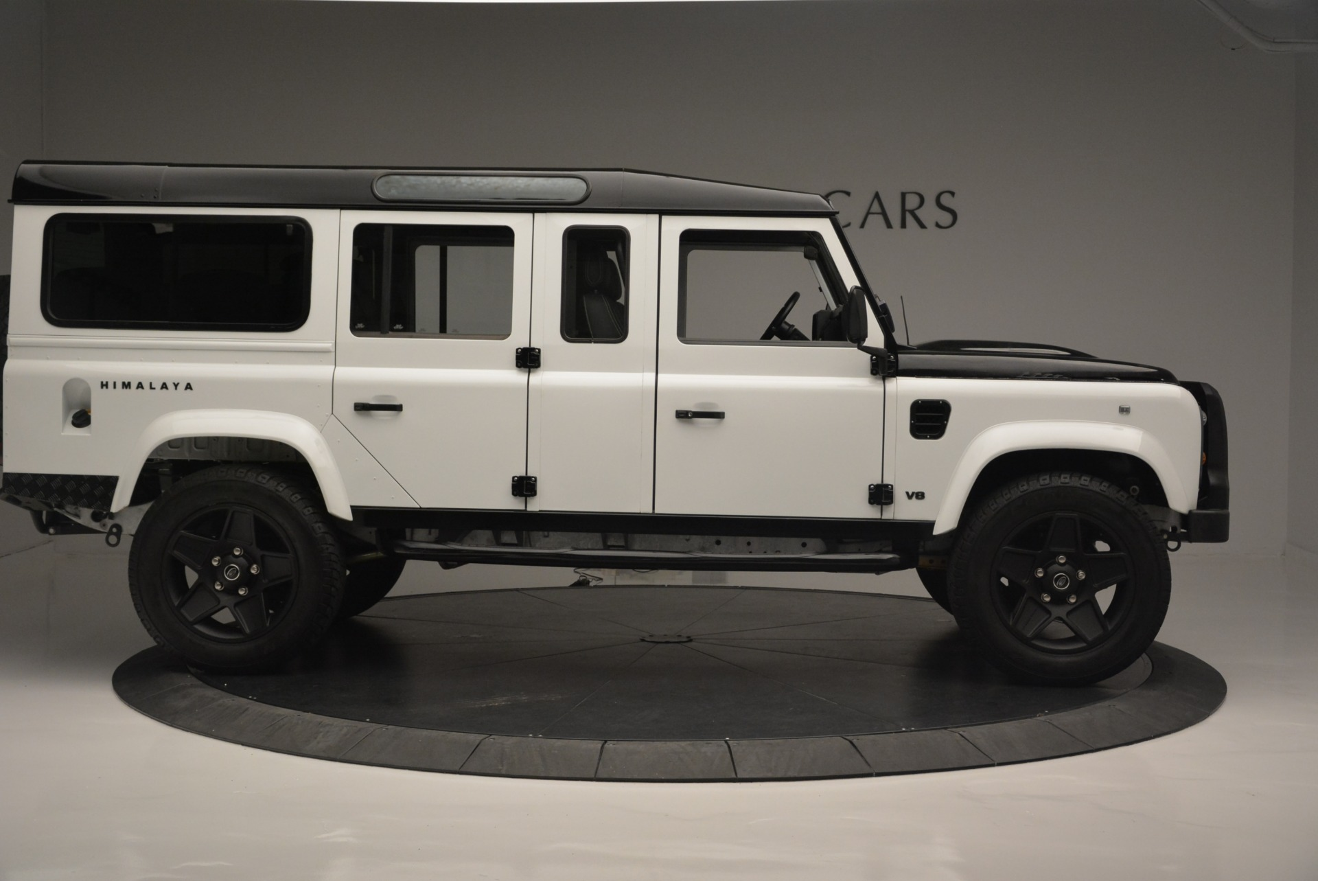 Used 1994 Land Rover Defender 130 Himalaya For Sale In Greenwich, CT. Alfa Romeo of Greenwich, 7392 2374_p10