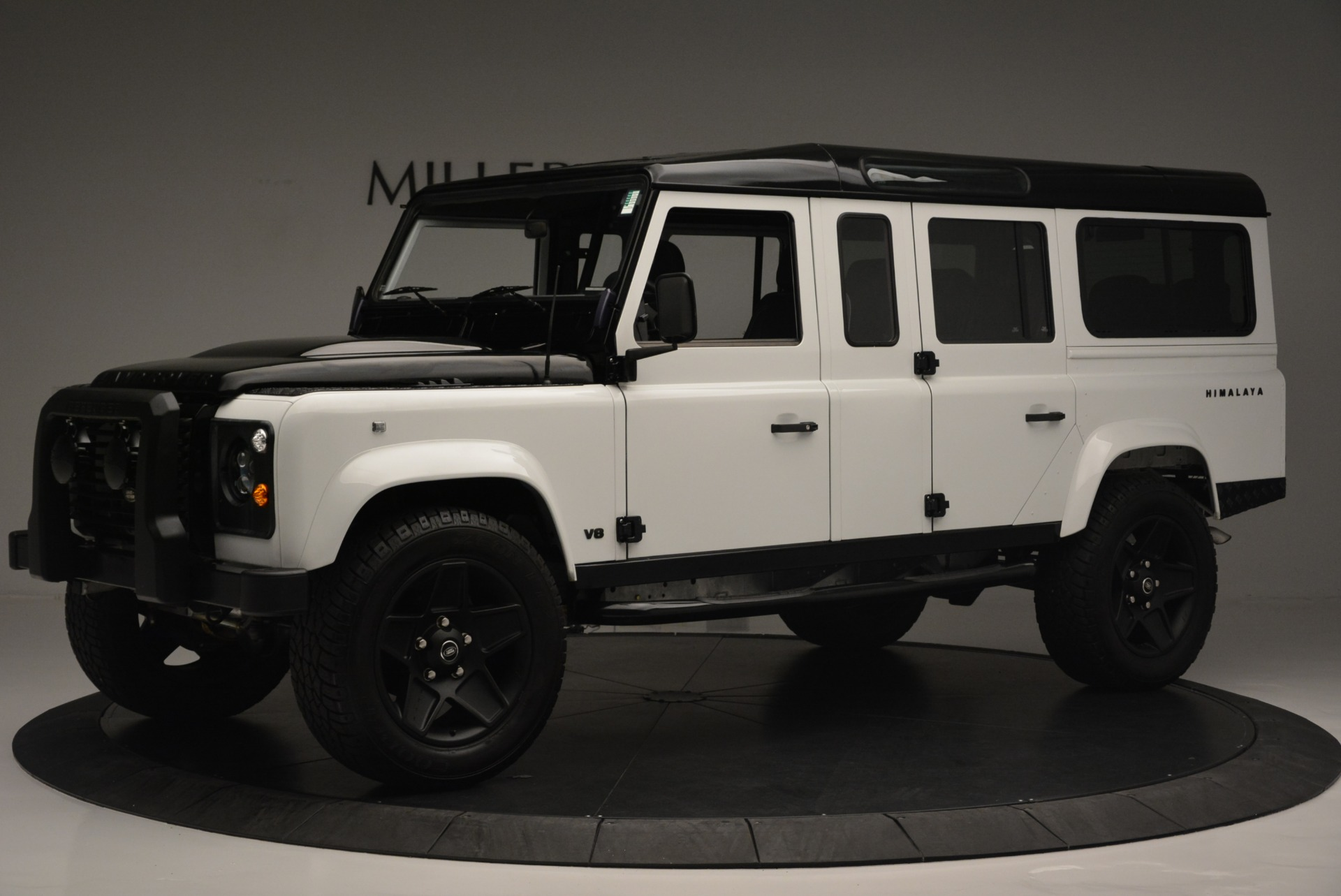 Used 1994 Land Rover Defender 130 Himalaya For Sale In Greenwich, CT. Alfa Romeo of Greenwich, 7392 2374_p2